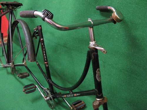 Two bike frames to comprise: a Gazelle Populair Ruwielfabriek-Dieren for ladies and an unmarked - Image 2 of 2