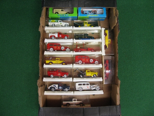Fifteen Solido and two Eligor 1:43 scale diecast vintage commercial vehicles, all boxed (two are the