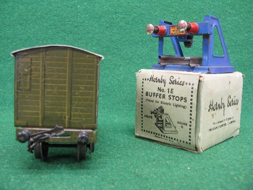 Mid 1930's Bassett-Lowke O gauge tinplate four wheel 12 ton covered goods van No. 13897 in NE - Image 4 of 5