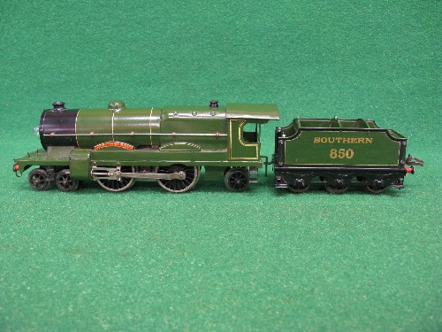 Mid 1930's Hornby O gauge No. 3 20 volt 4-4-2 tender locomotive No. 850 Lord Nelson in lined - Image 3 of 5
