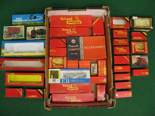 Quantity of EMPTY 00/HO scale model railway boxed for Hornby, Triang, Airfix, Rico, Dapol, Playcraft