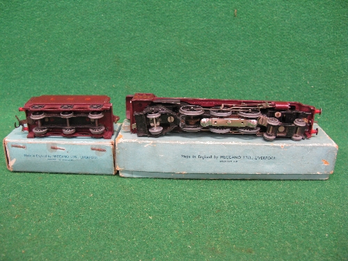 1948 Hornby Dublo 3 Rail EDL2 4-6-2 No. 6231 Duchess of Atholl locomotive and tender in unlined - Image 2 of 2