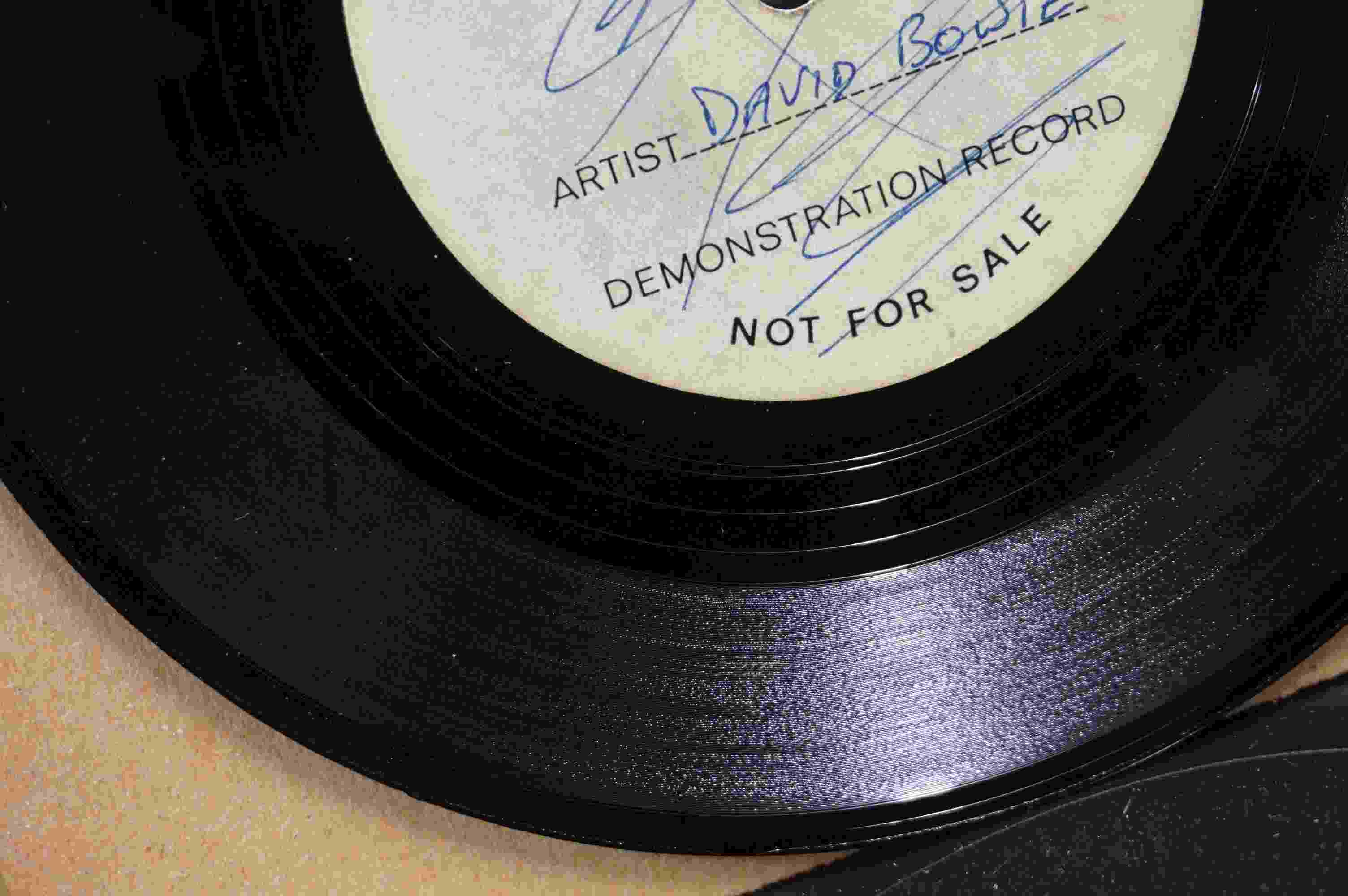 Vinyl - David Bowie / Ace Kefford - A two sided acetate featuring a previously unknown & unheard - Image 3 of 9