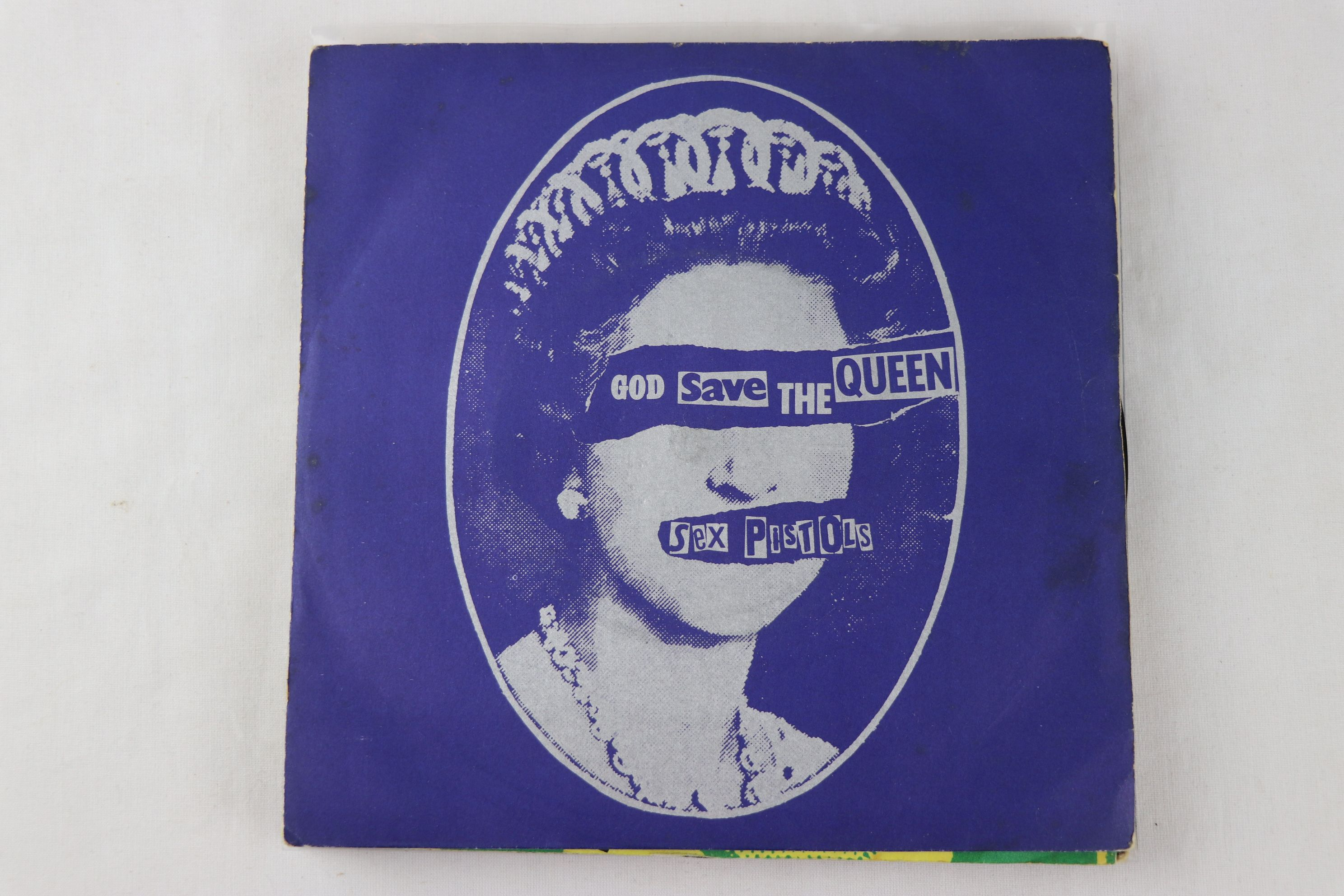 PUNK - SEX PISTOLS - PACK OF 7 ORIGINAL PRESSING SINGLES. 1. GOD SAVE THE QUEEN, 1977 VIRGIN RECORDS - Image 2 of 8