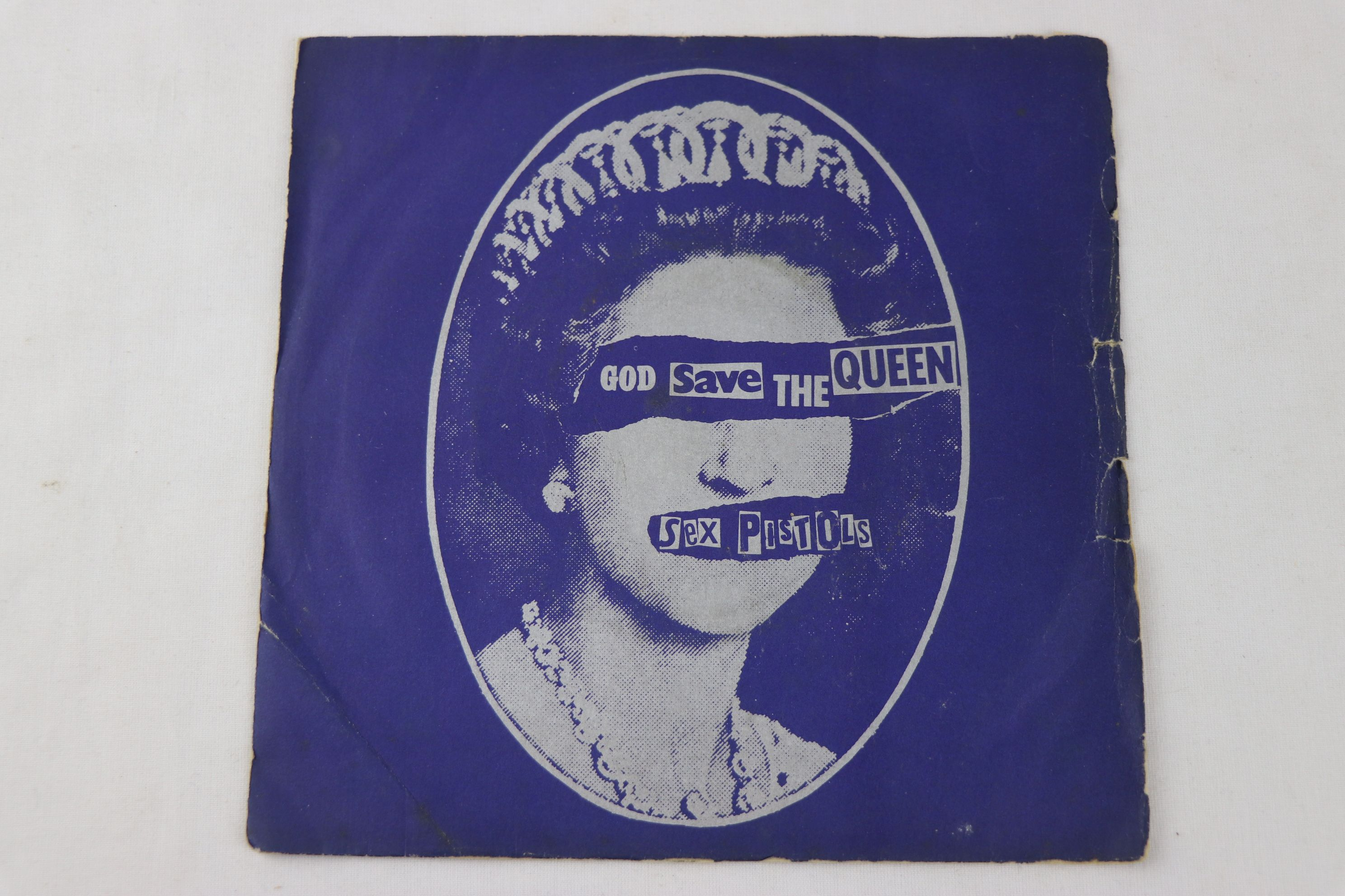 PUNK - SEX PISTOLS - PACK OF 7 ORIGINAL PRESSING SINGLES. 1. GOD SAVE THE QUEEN, 1977 VIRGIN RECORDS - Image 8 of 8