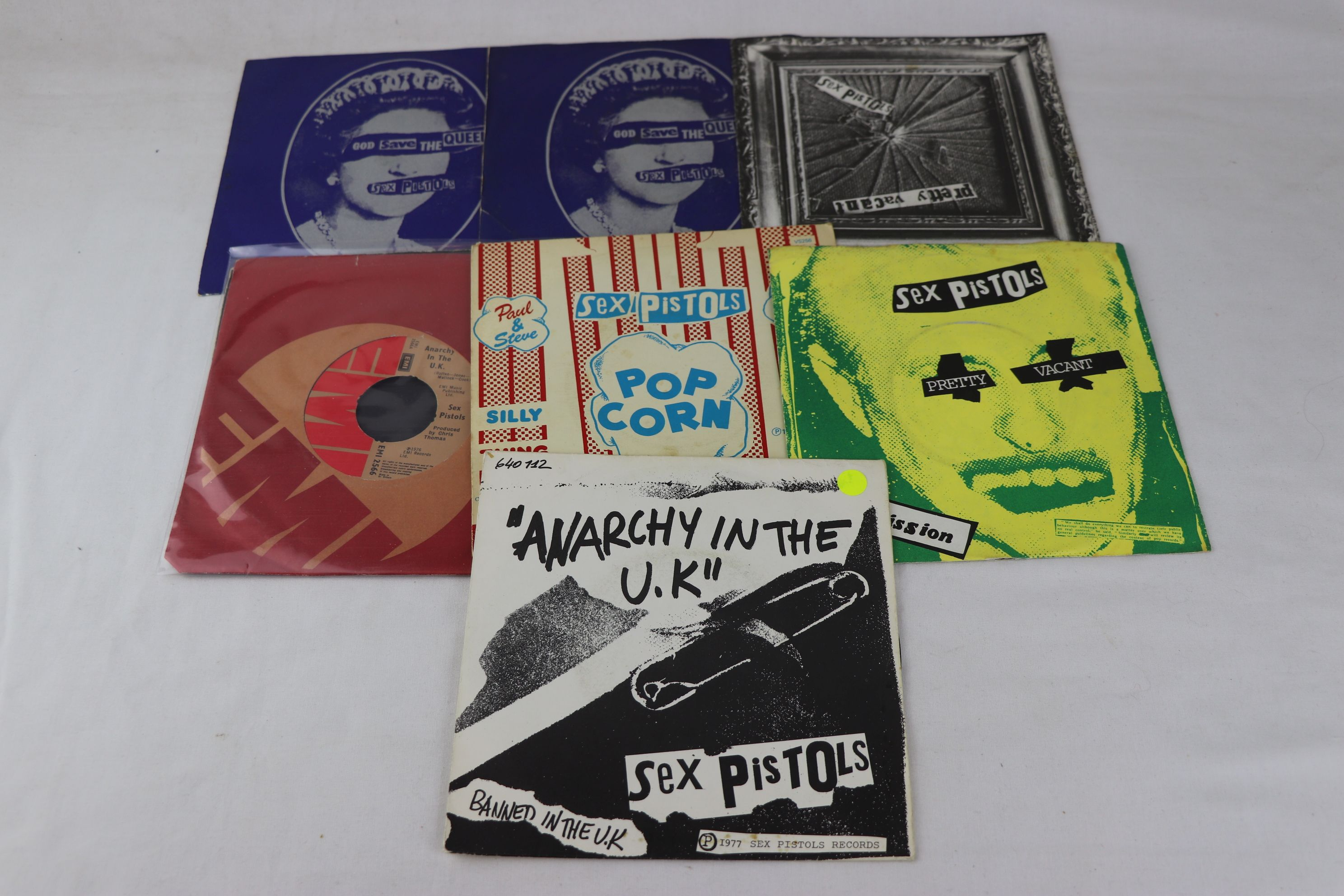 PUNK - SEX PISTOLS - PACK OF 7 ORIGINAL PRESSING SINGLES. 1. GOD SAVE THE QUEEN, 1977 VIRGIN RECORDS
