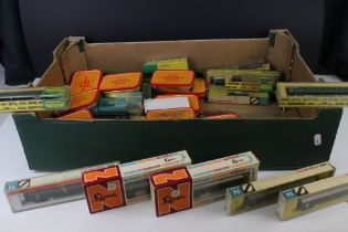 Collection of N gauge model railway to include rolling stock, railcar. locomotive and various