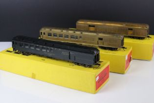 Three boxed E Suydam & Co HO Railroad Equipment Baggage Car brass models to include 2 x RR-7 (one