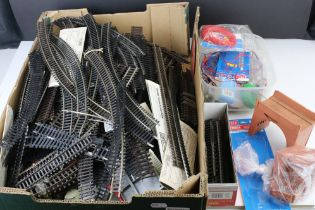 Quantity of OO gauge model railway track mainly Peco plus additional accessories