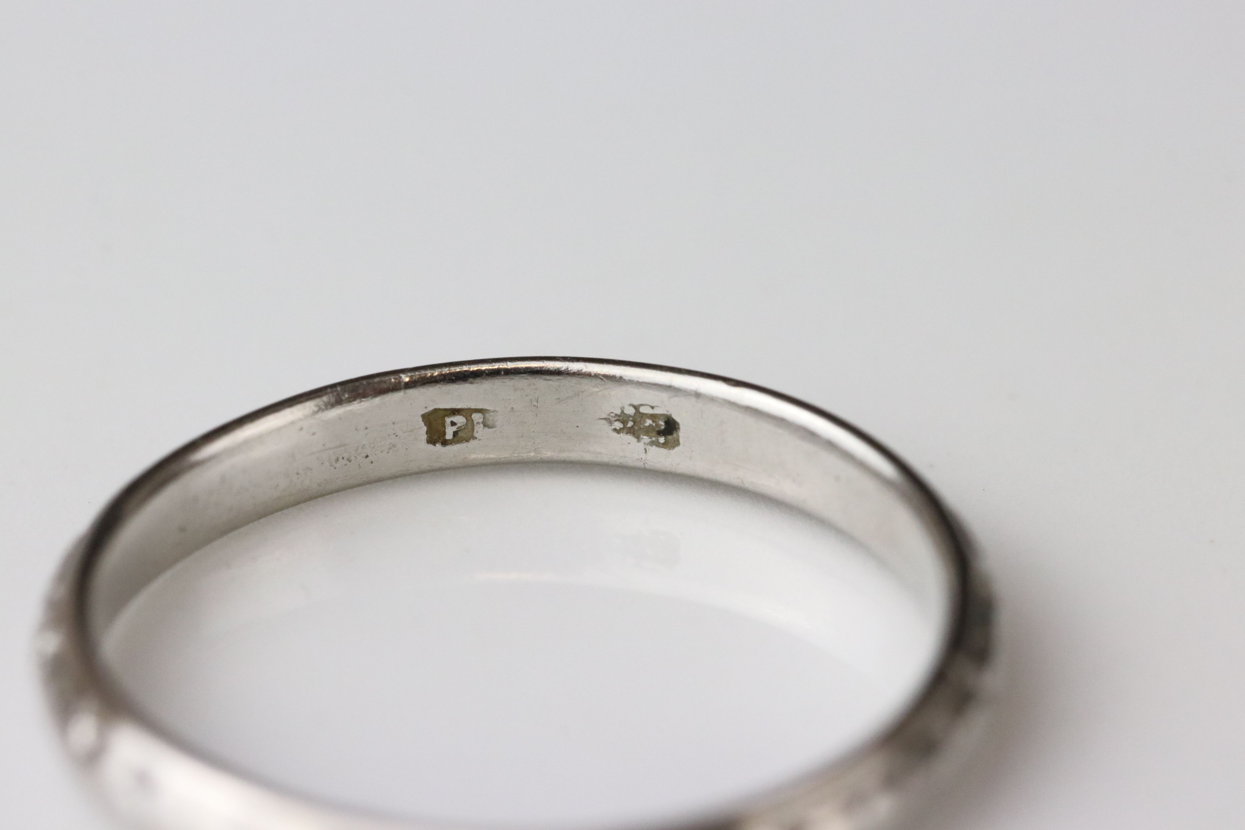 Platinum wedding band, worn foliate design, width approx 2.5mm, ring size M - Image 3 of 4