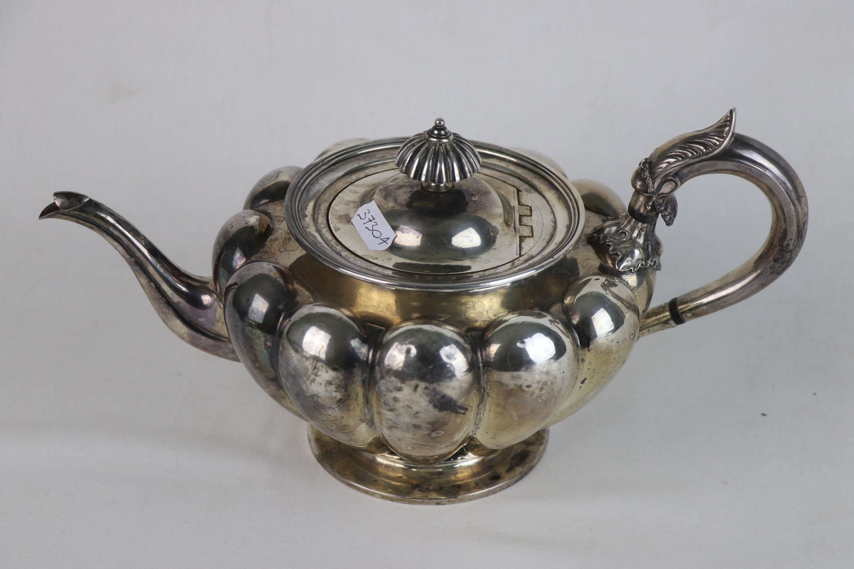 A fully hallmarked Victorian sterling silver Tea pot, maker marked for John Tapley, assayed in - Image 4 of 8