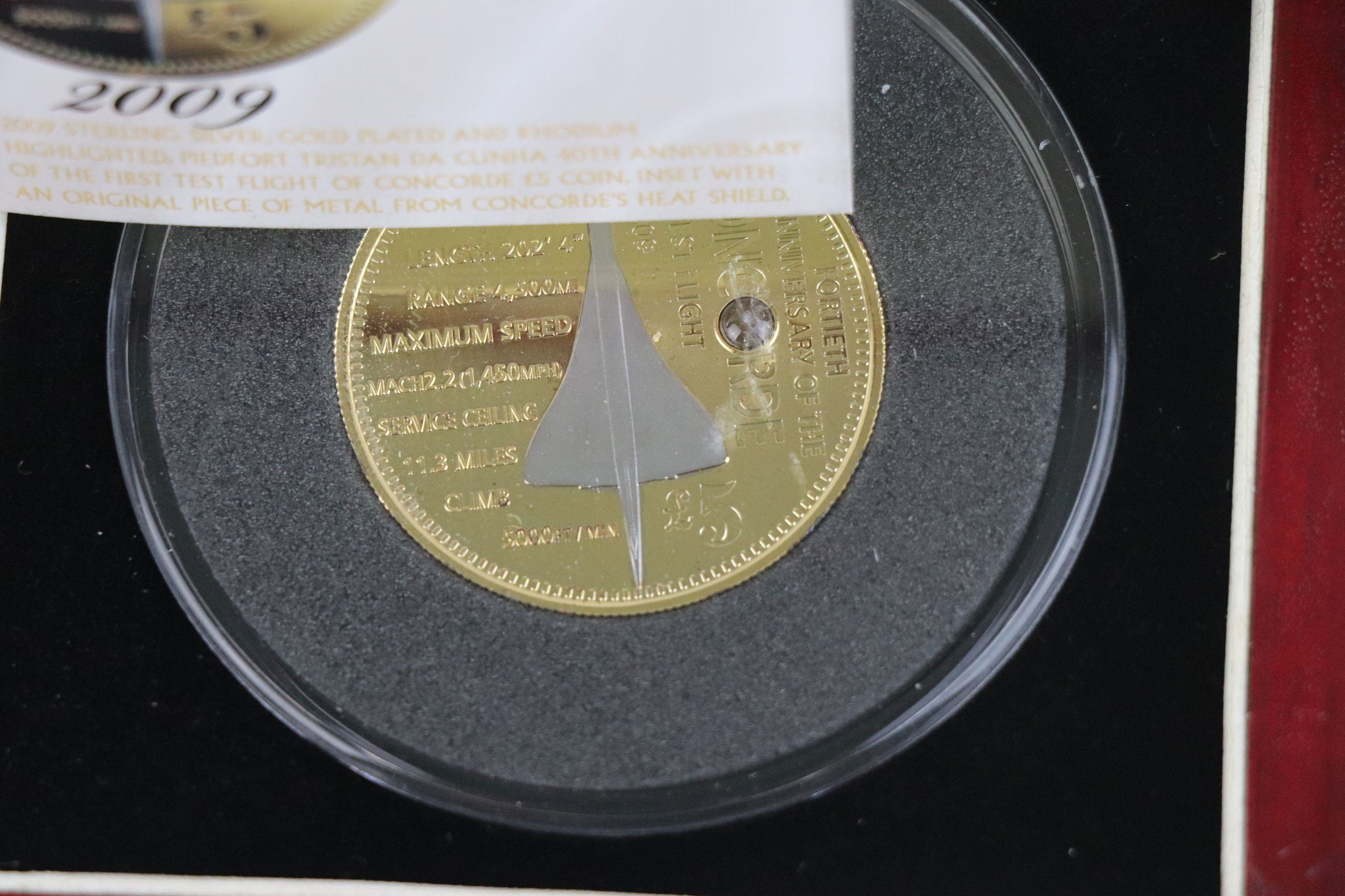 A cased Silver proof gold plated Concorde Piedfort £5 coin complete with C.O.A. together with a - Image 5 of 7