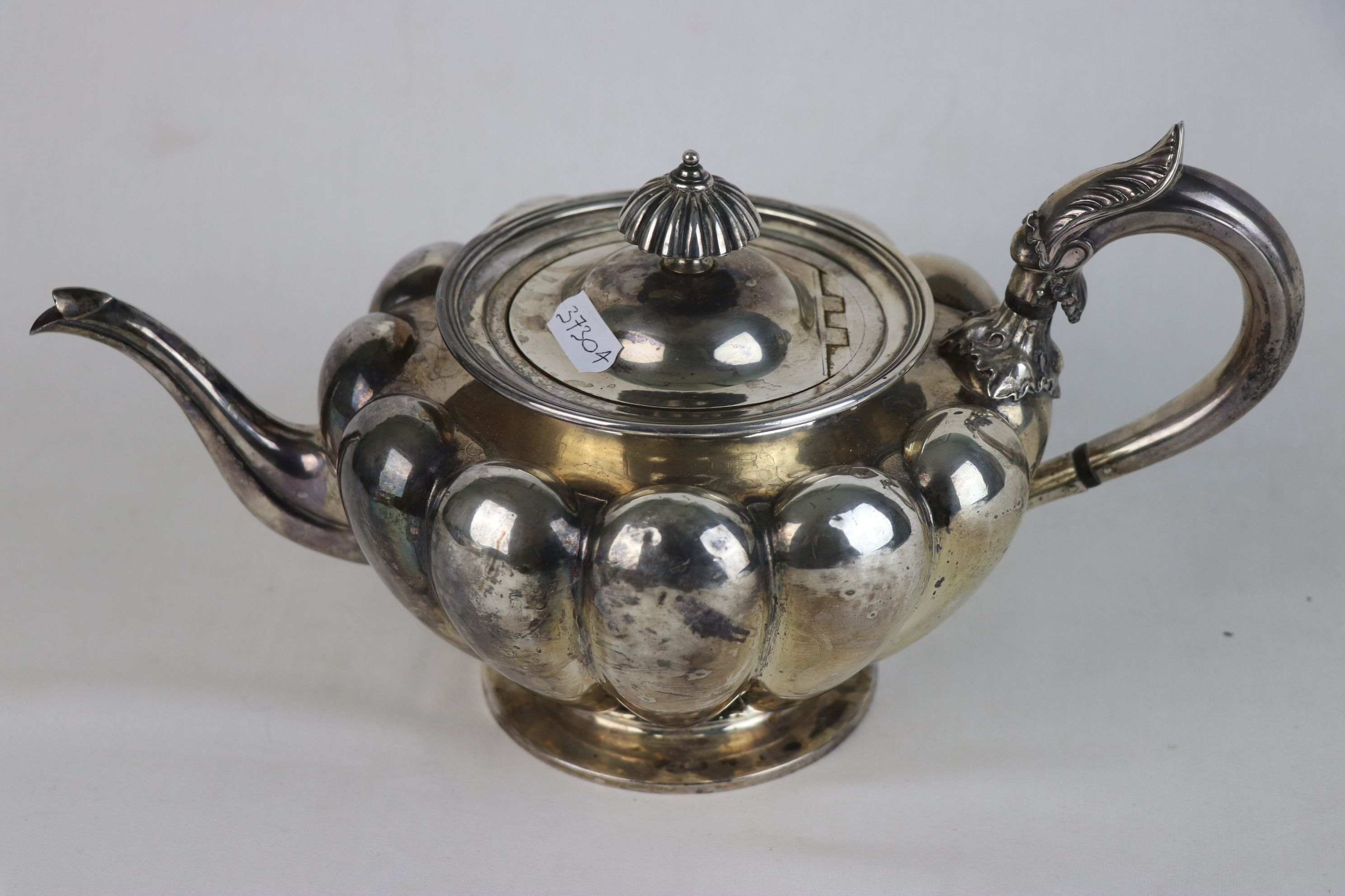 A fully hallmarked Victorian sterling silver Tea pot, maker marked for John Tapley, assayed in - Image 7 of 8