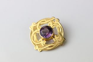 Victorian amethyst 9ct gold brooch, the round mixed cut amethyst diameter approx 8mm, collet