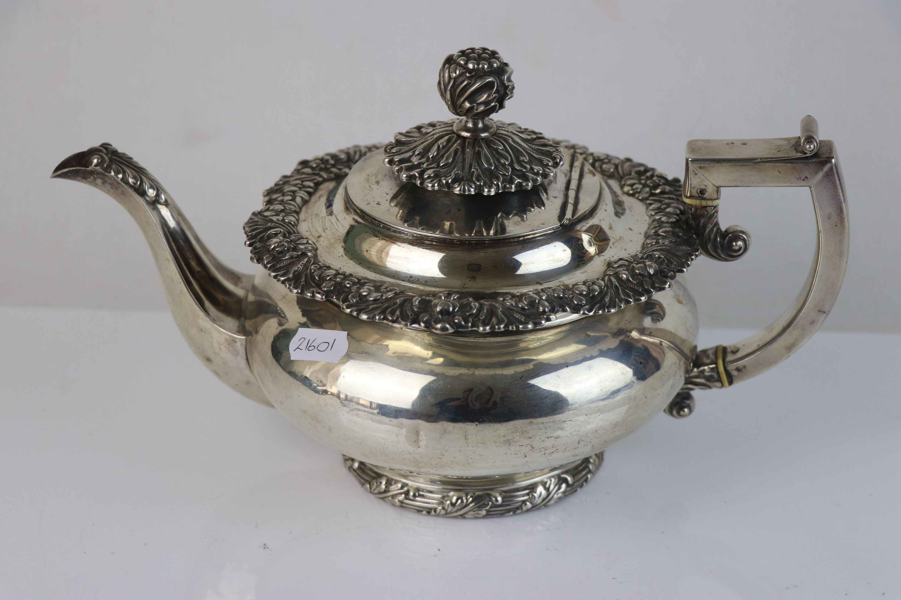 A fully hallmarked sterling silver George III teapot, maker mark rubbed and indistinct, assay marked