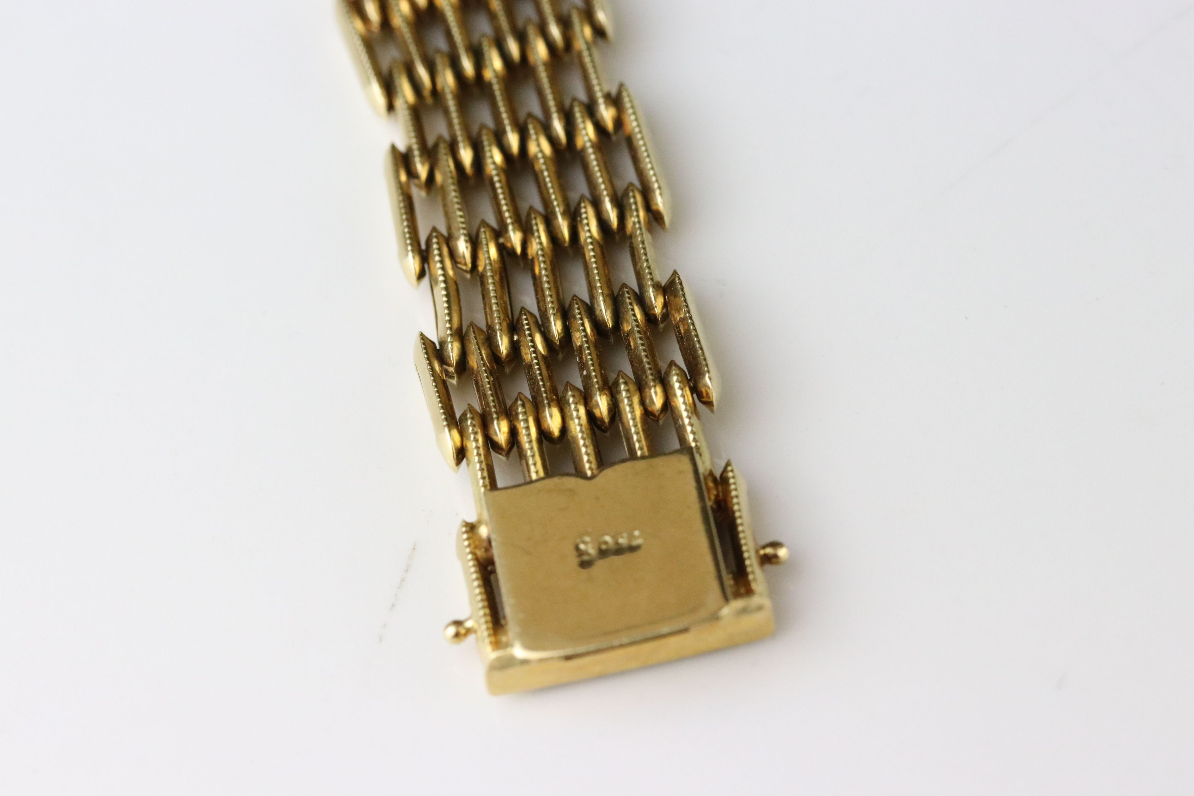 18ct yellow gold gate link style bracelet, tongue and box clasp, length approx 19cm - Image 3 of 5