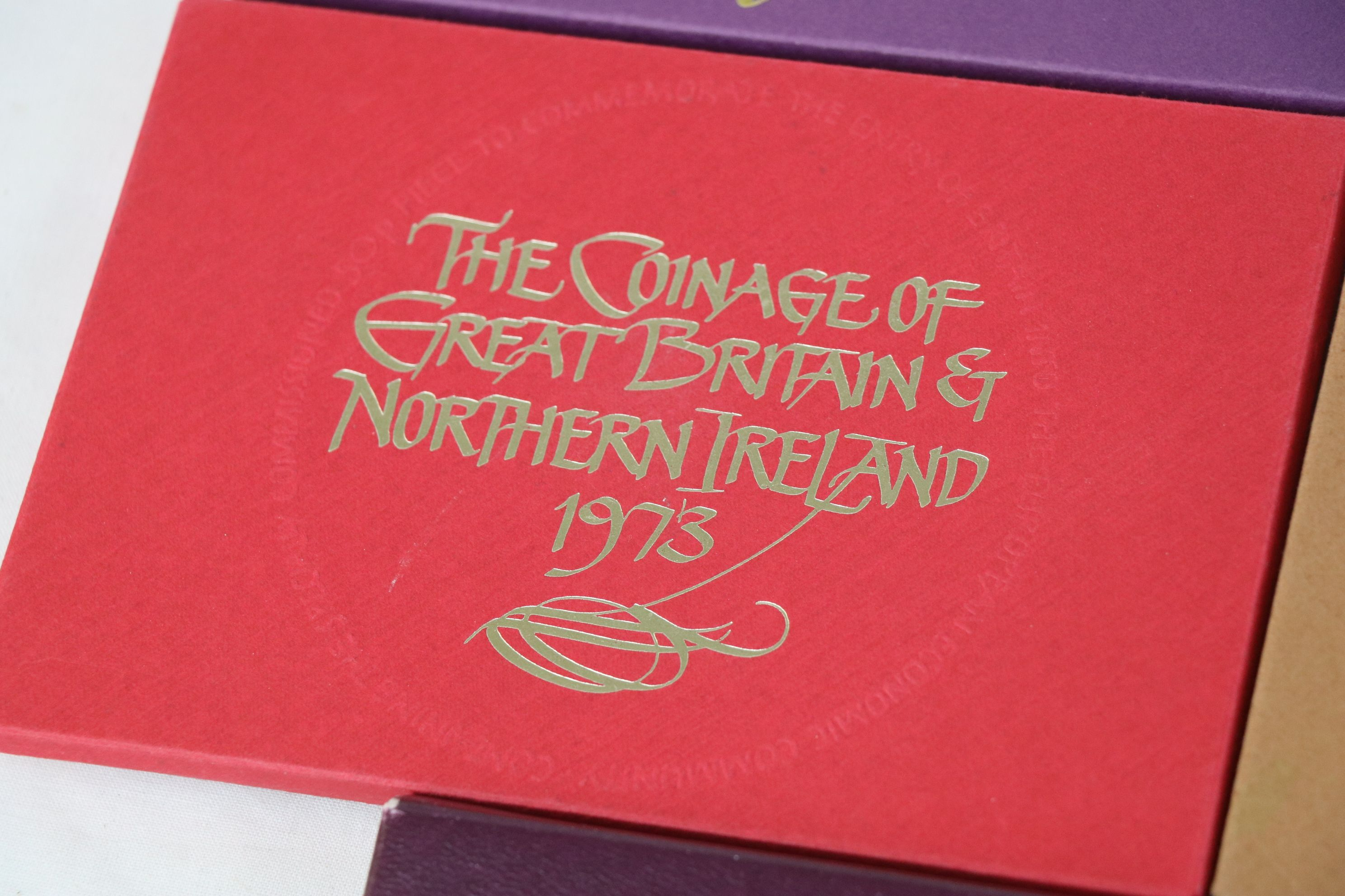 A collection of eleven Royal Mint coinage of Great Britain and Northern Ireland year sets to include - Image 9 of 13