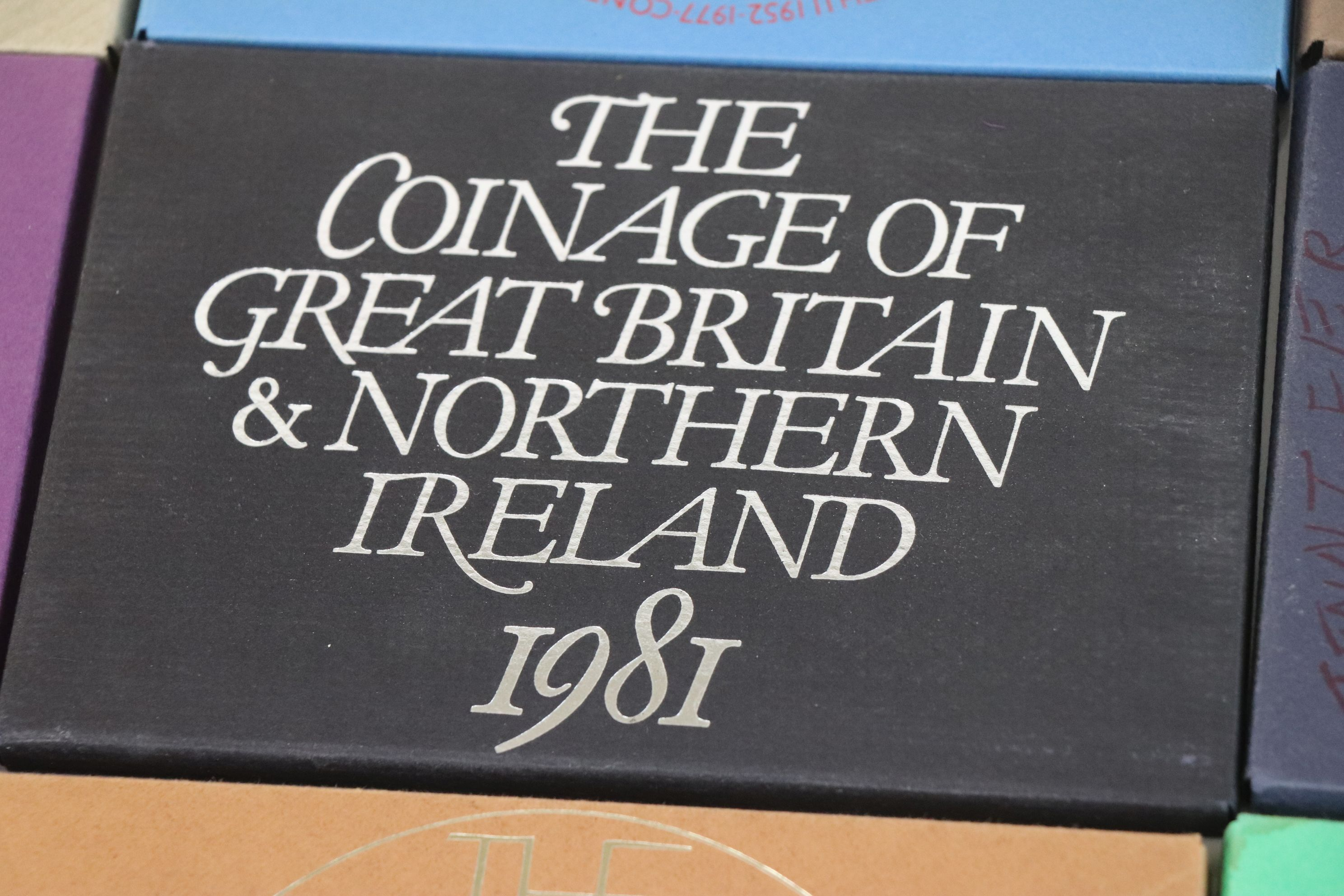 A collection of eleven Royal Mint coinage of Great Britain and Northern Ireland year sets to include - Image 7 of 13