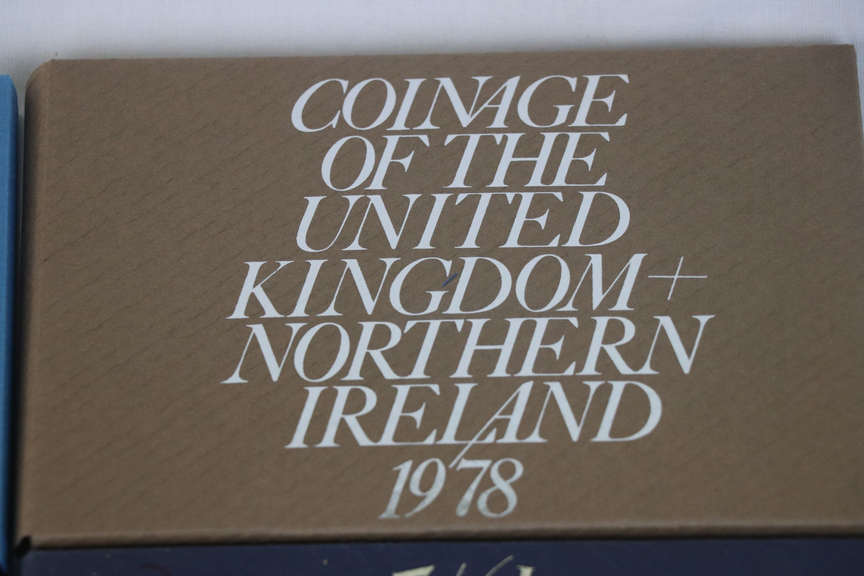 A collection of eleven Royal Mint coinage of Great Britain and Northern Ireland year sets to include - Image 5 of 13