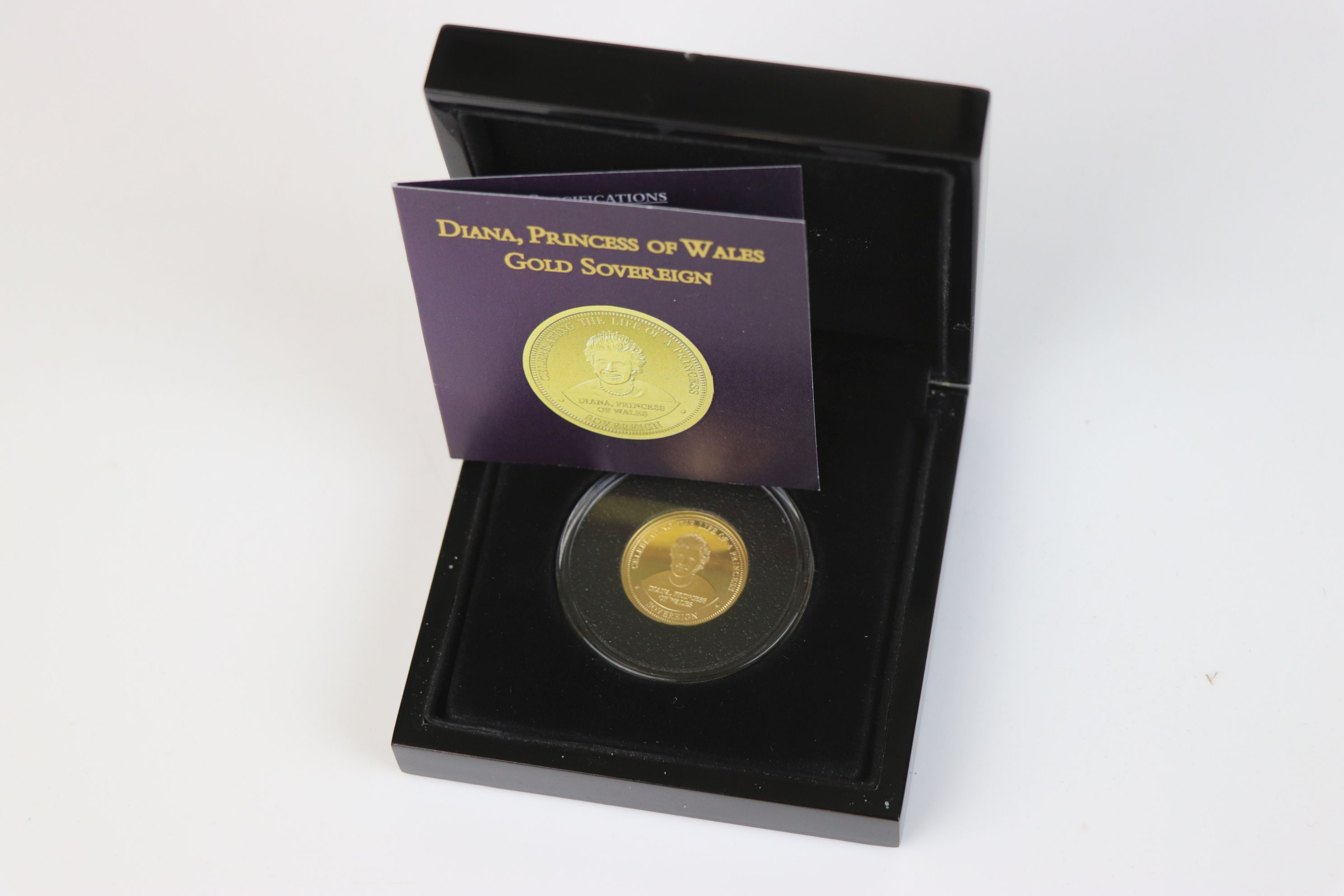 A cased Bradford Exchange limited edition Tristan Da Cunha 2007 Diana Princess of Wales gold proof - Image 5 of 5