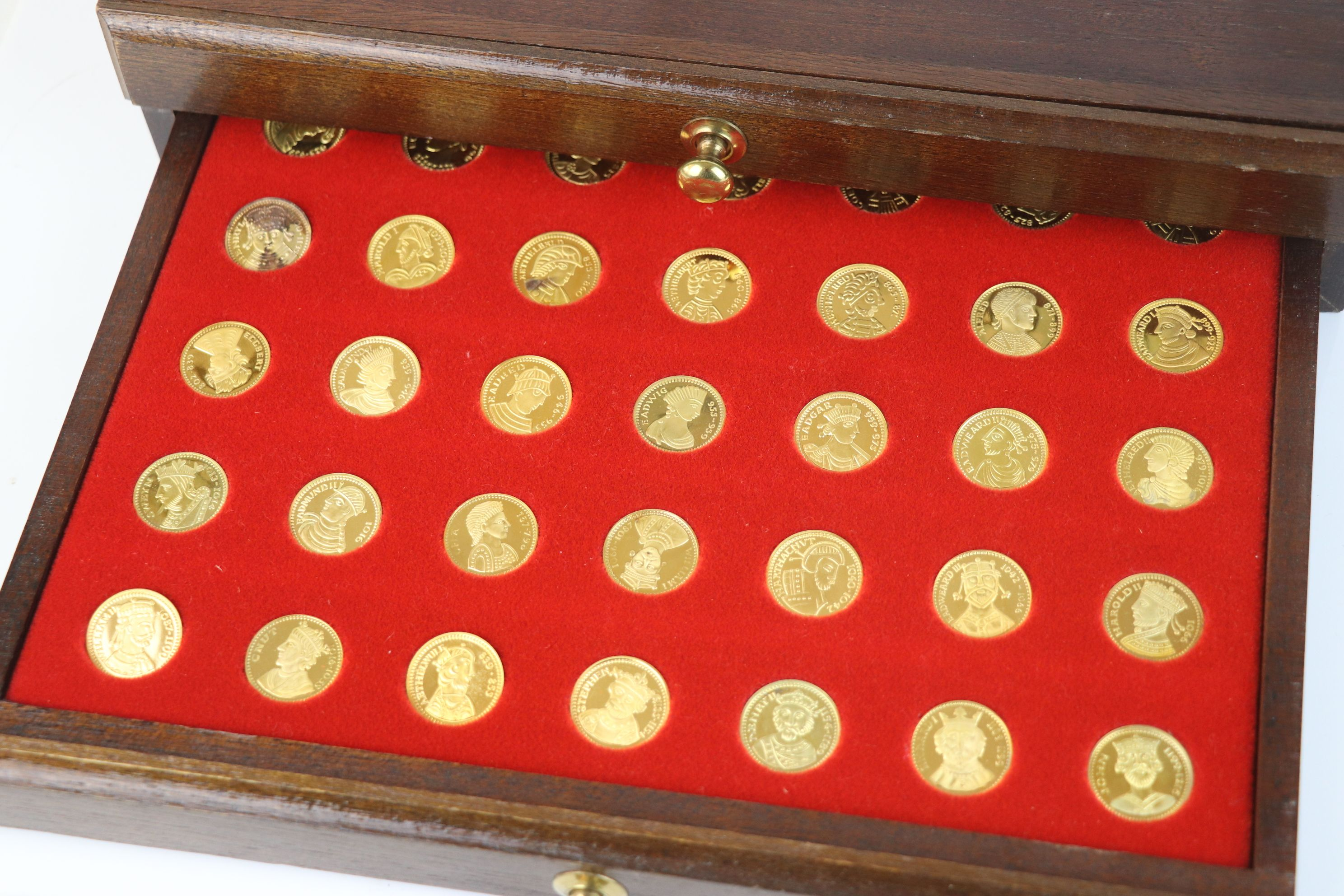 """A """"Our Royal Sovereigns"""" collection of seventy medals portraying the complete line of monarchs - Image 6 of 6"""