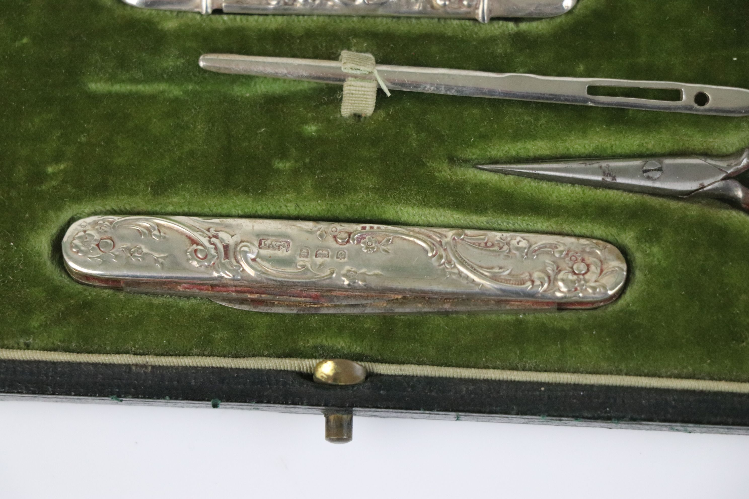 A fully hallmarked sterling silver cased sewing set, maker marked for Levi & Salaman, assay marked - Image 6 of 8