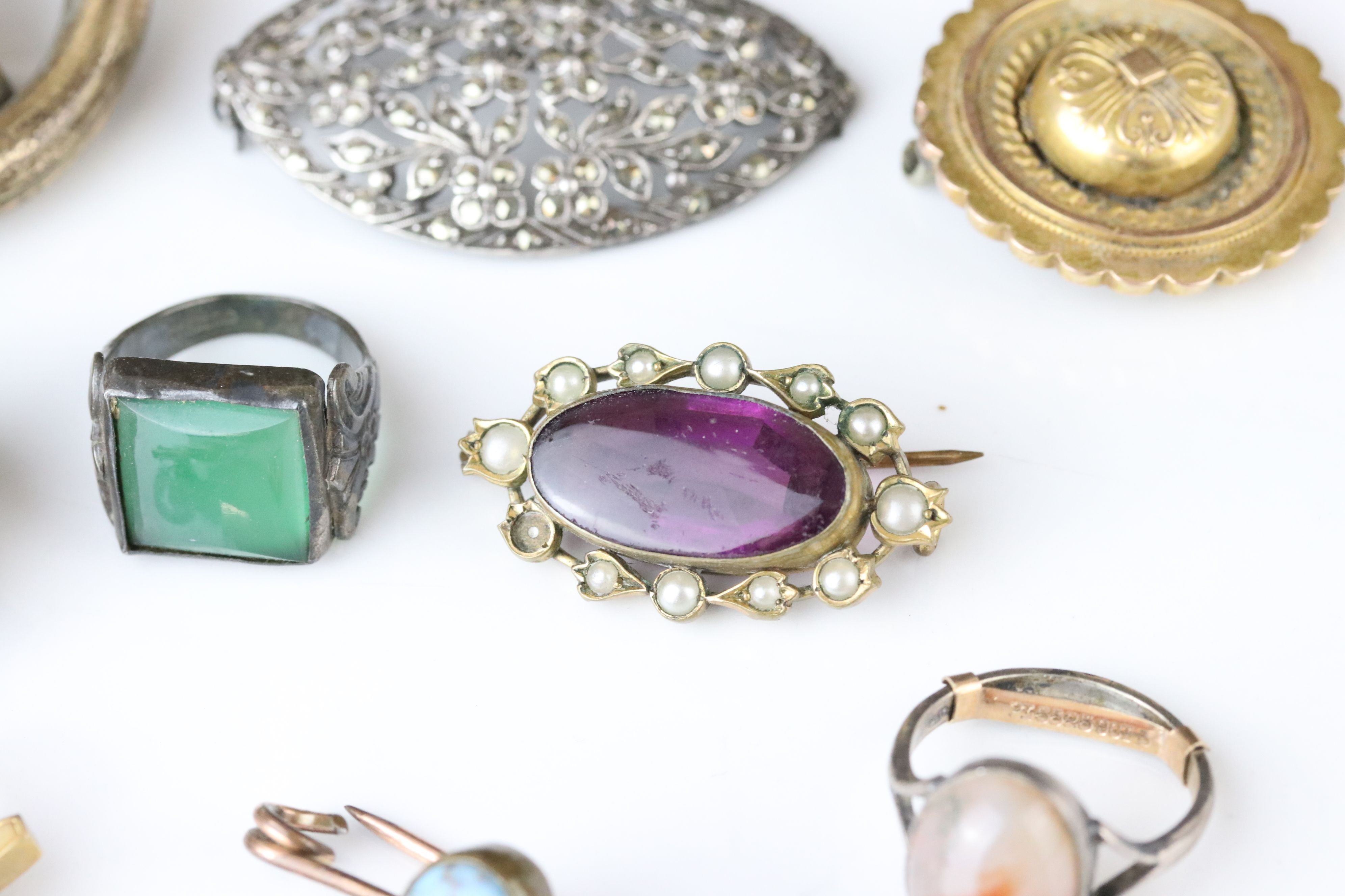 Collection of Victorian and later costume jewellery to include large knot brooch; three stone - Image 5 of 13