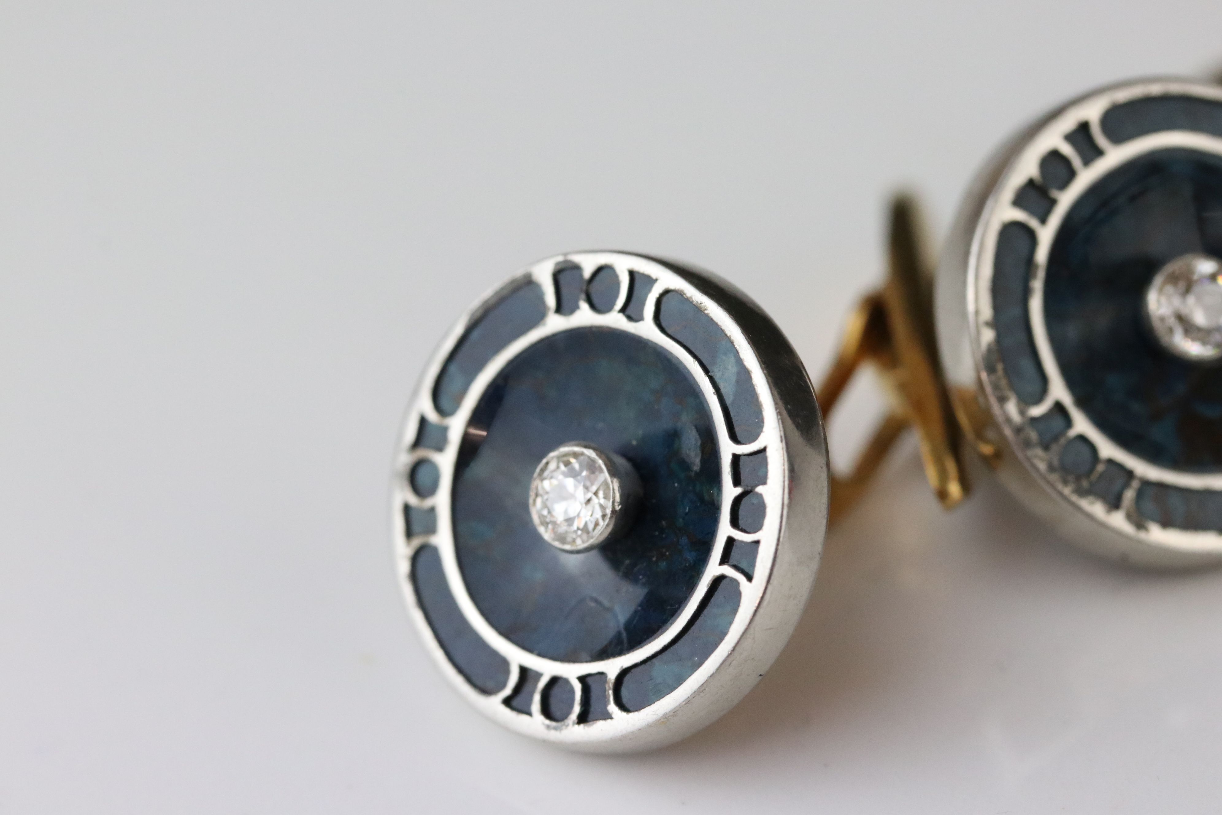 Pair of diamond and serpentine 18ct yellow and white gold cufflinks, small round old cut diamond - Image 2 of 4