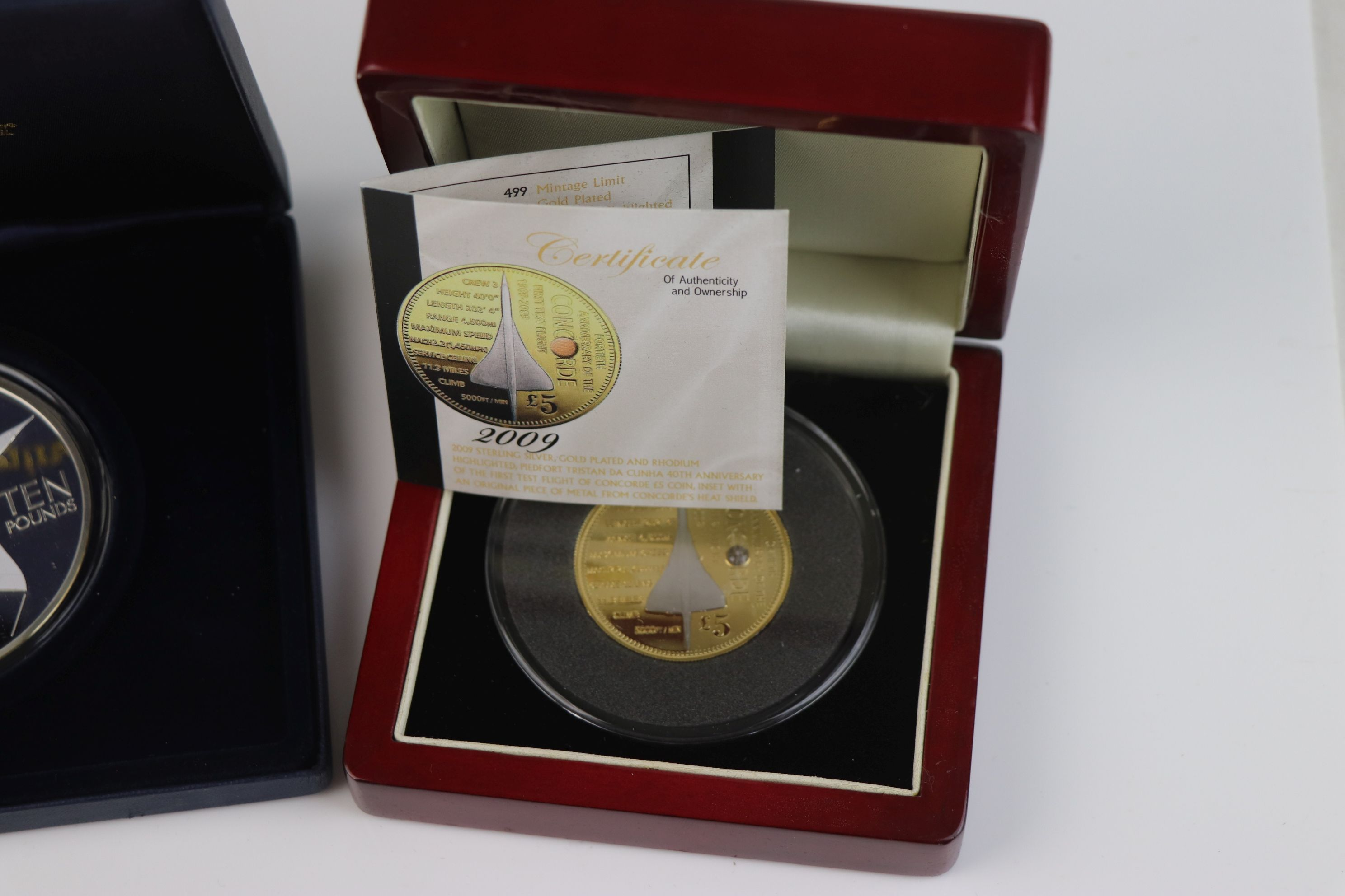 A cased Silver proof gold plated Concorde Piedfort £5 coin complete with C.O.A. together with a - Image 4 of 7