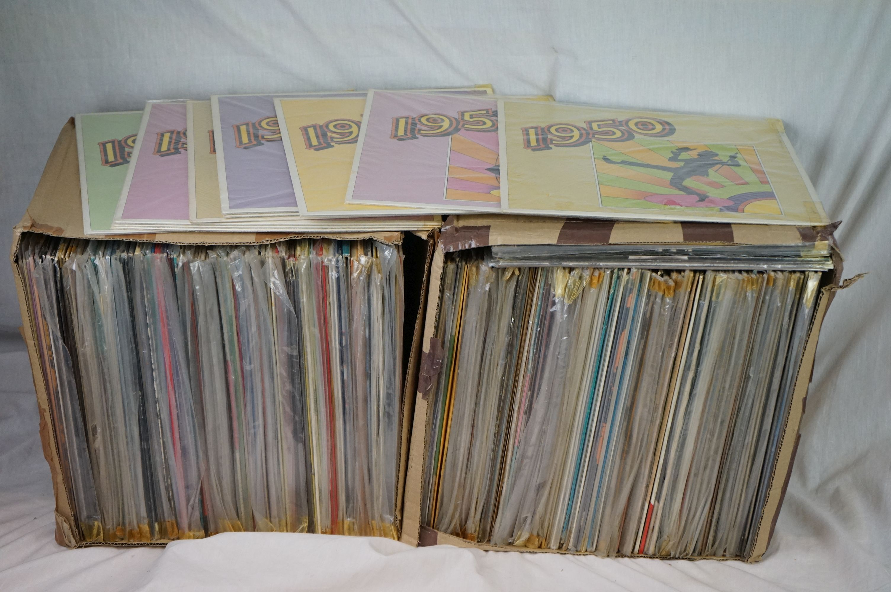 Vinyl - Around 200 LPs to include Country, Rock n Roll, Rockabilly, Compilations etc, sleeves and