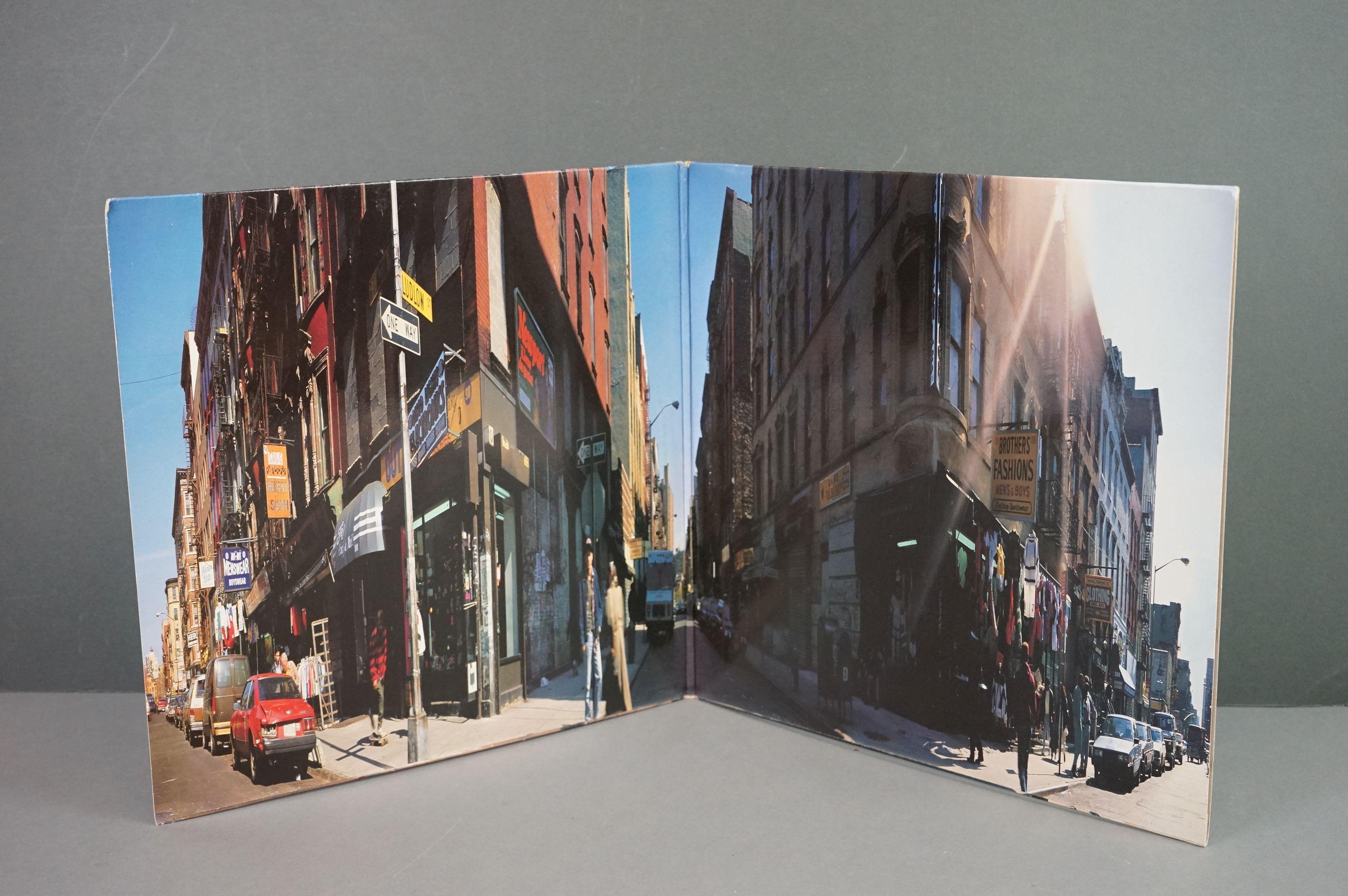 Vinyl - Beastie Boys Paul's Boutique LP on Capitol UK 077779174317 UKEST2102 with 'promotional - Image 2 of 6