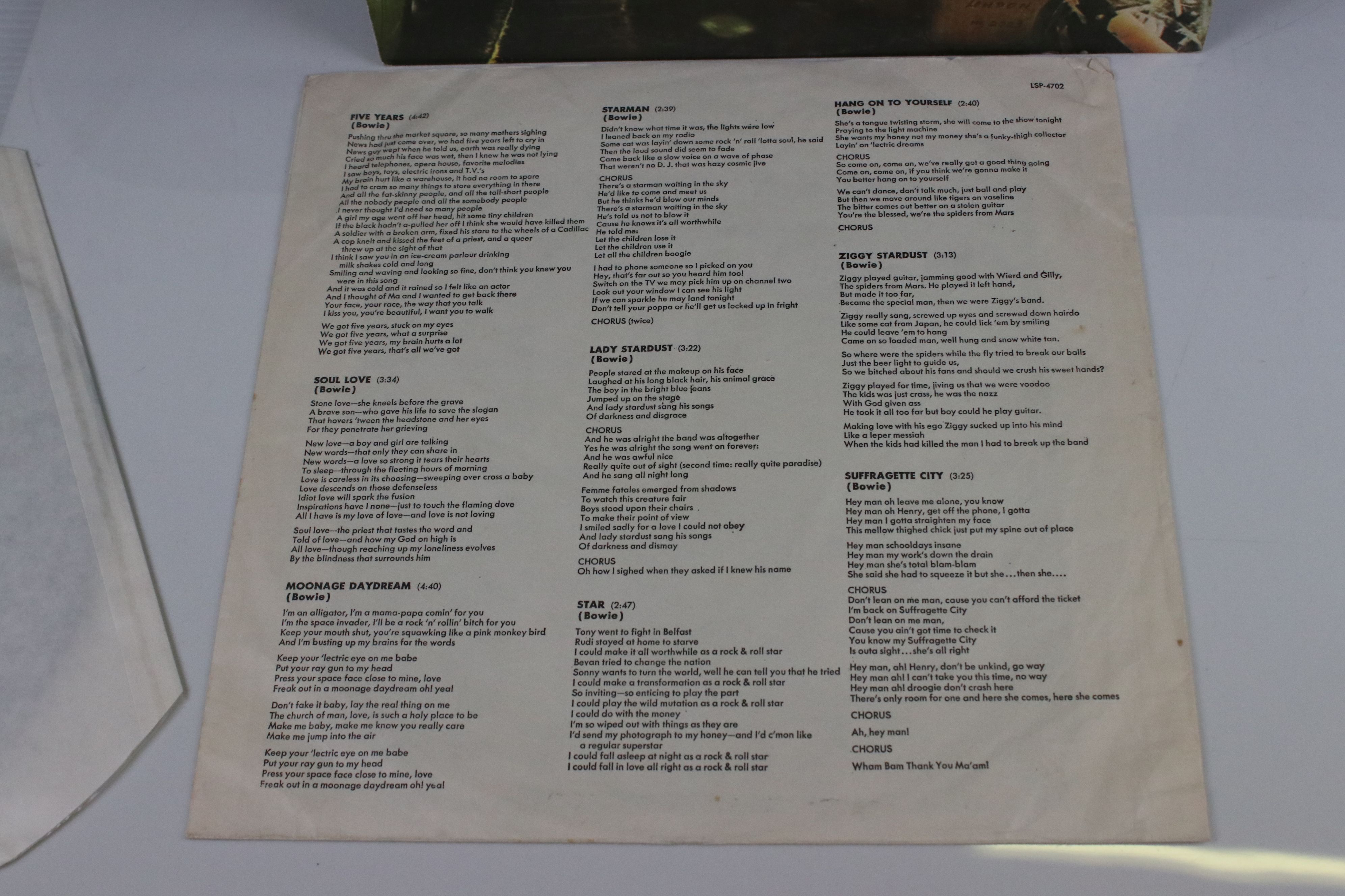 Vinyl - David Bowie The Rise and Fall of Ziggy Stardust LP on RCA8287, shiny orange RCA label, - Image 5 of 7