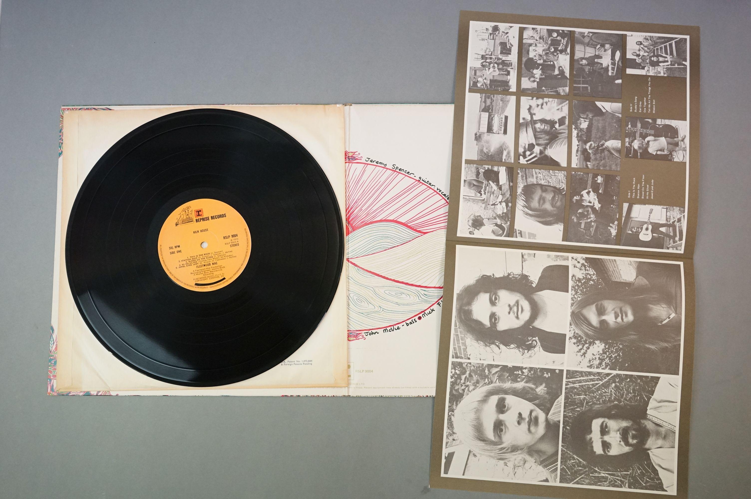 Vinyl - Fleetwood Mac, Kiln House (Reprise RSLP 9004) insert included, sleeve, insert and vinyl vg+ - Image 3 of 14