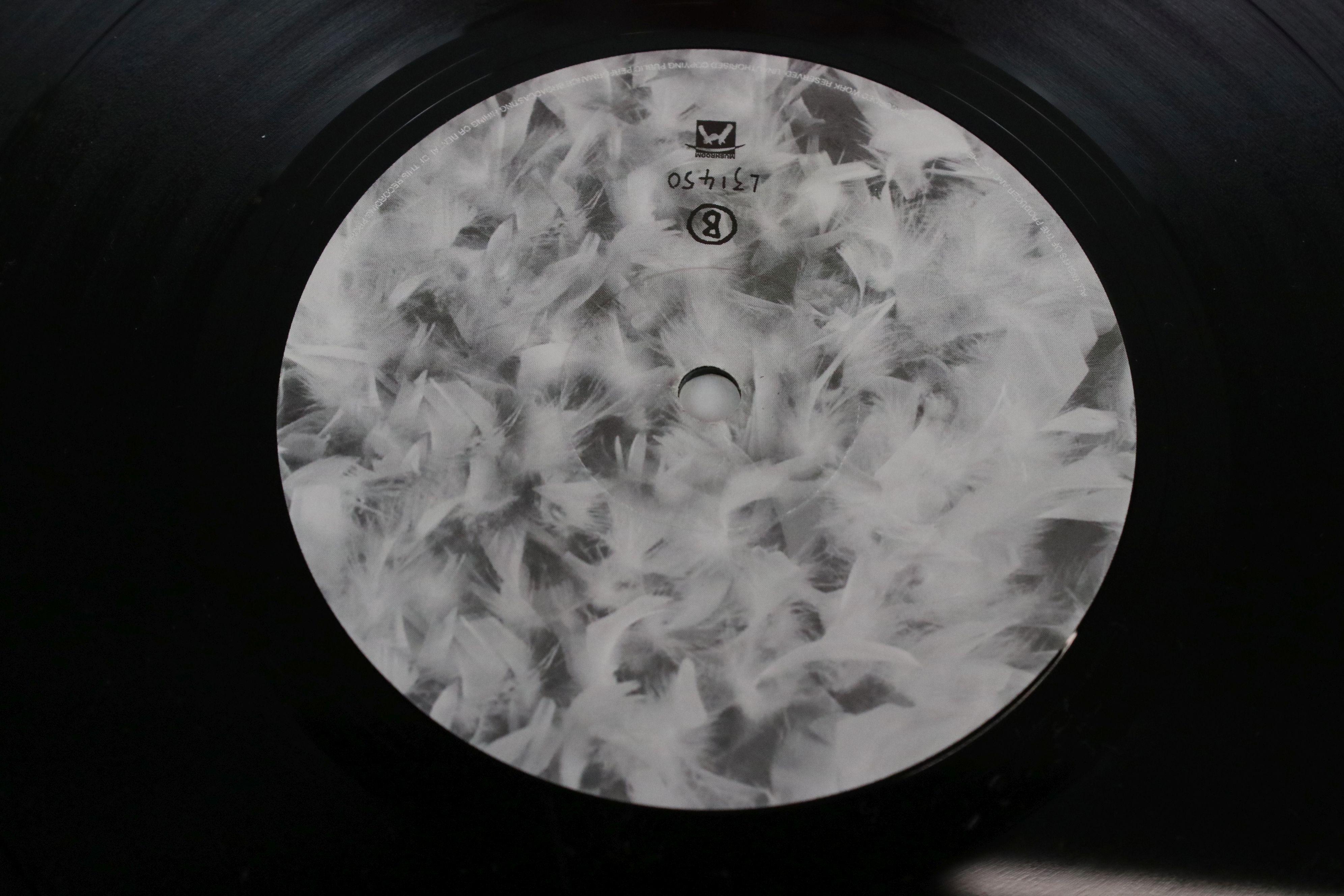 Vinyl - Garbage self titled Double LP on Mushroom L31450, with both inner sleeves, sleeves vg+ - Image 5 of 6