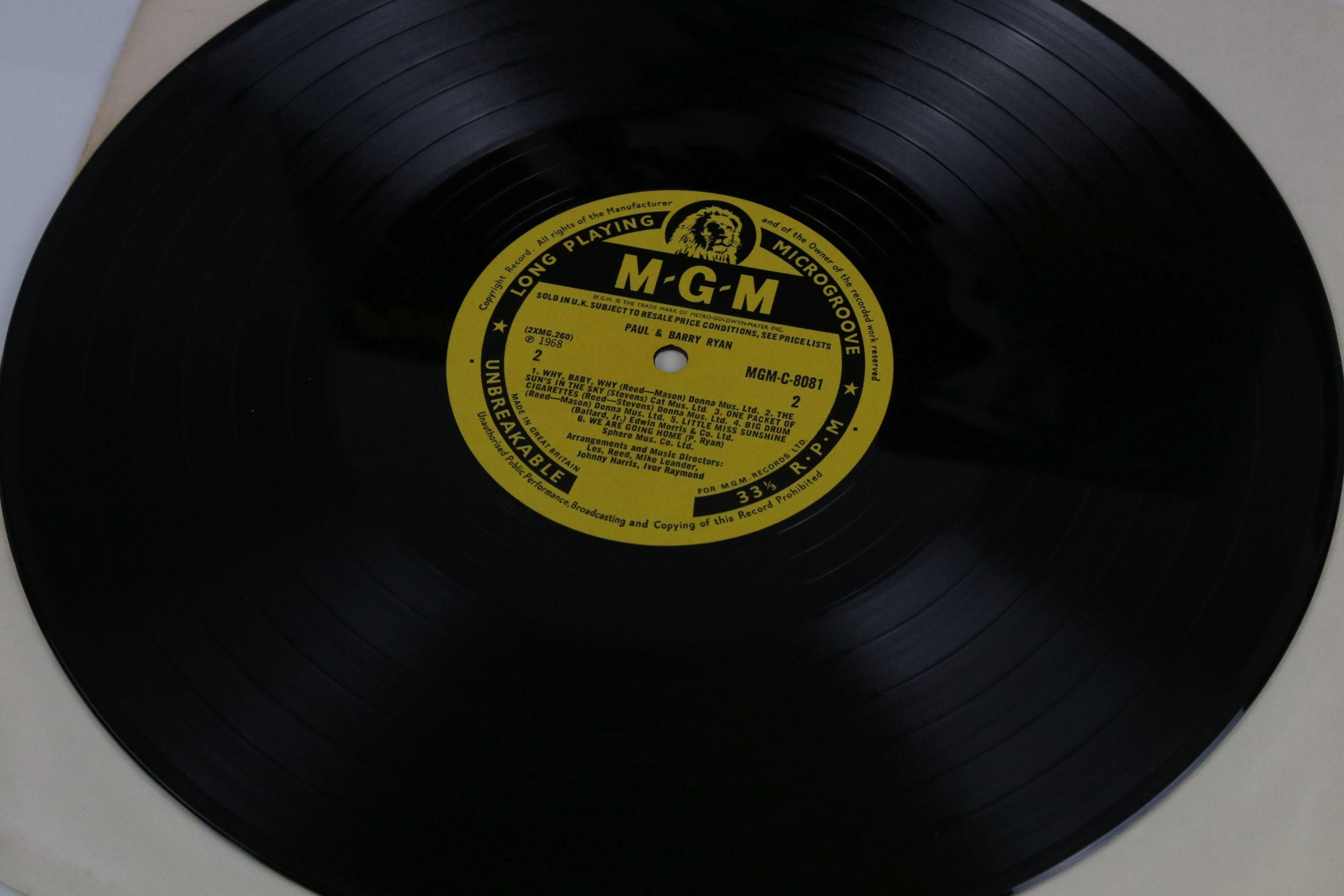 Vinyl - MOD/BEAT Paul & Barry Ryan self titled LP on MGM C 8081, mono non laminated, flip back - Image 3 of 5