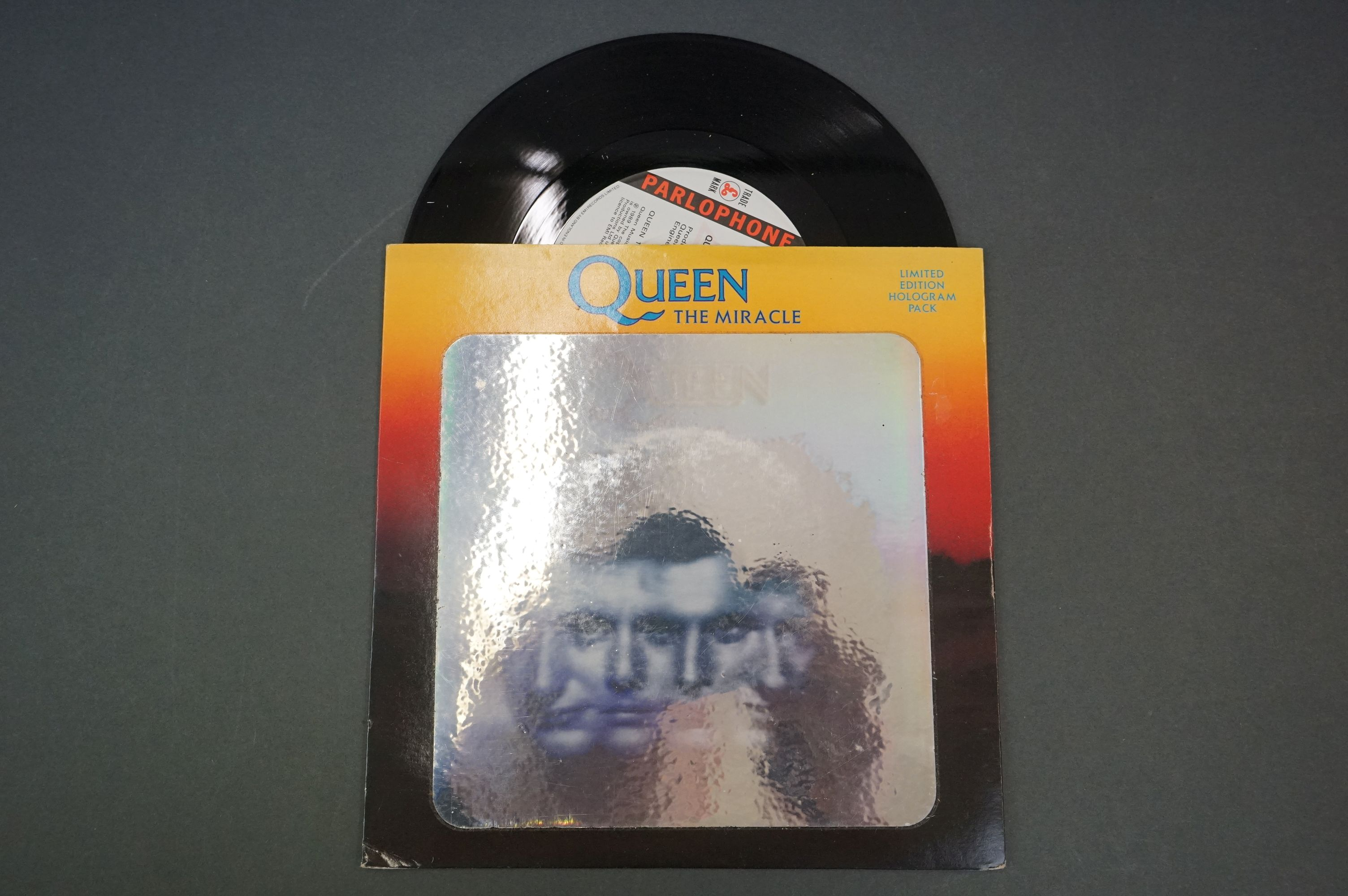 Vinyl - Queen & related collection of 7 inch singles including 12 x No One But You Ltd Edn picture - Image 8 of 11