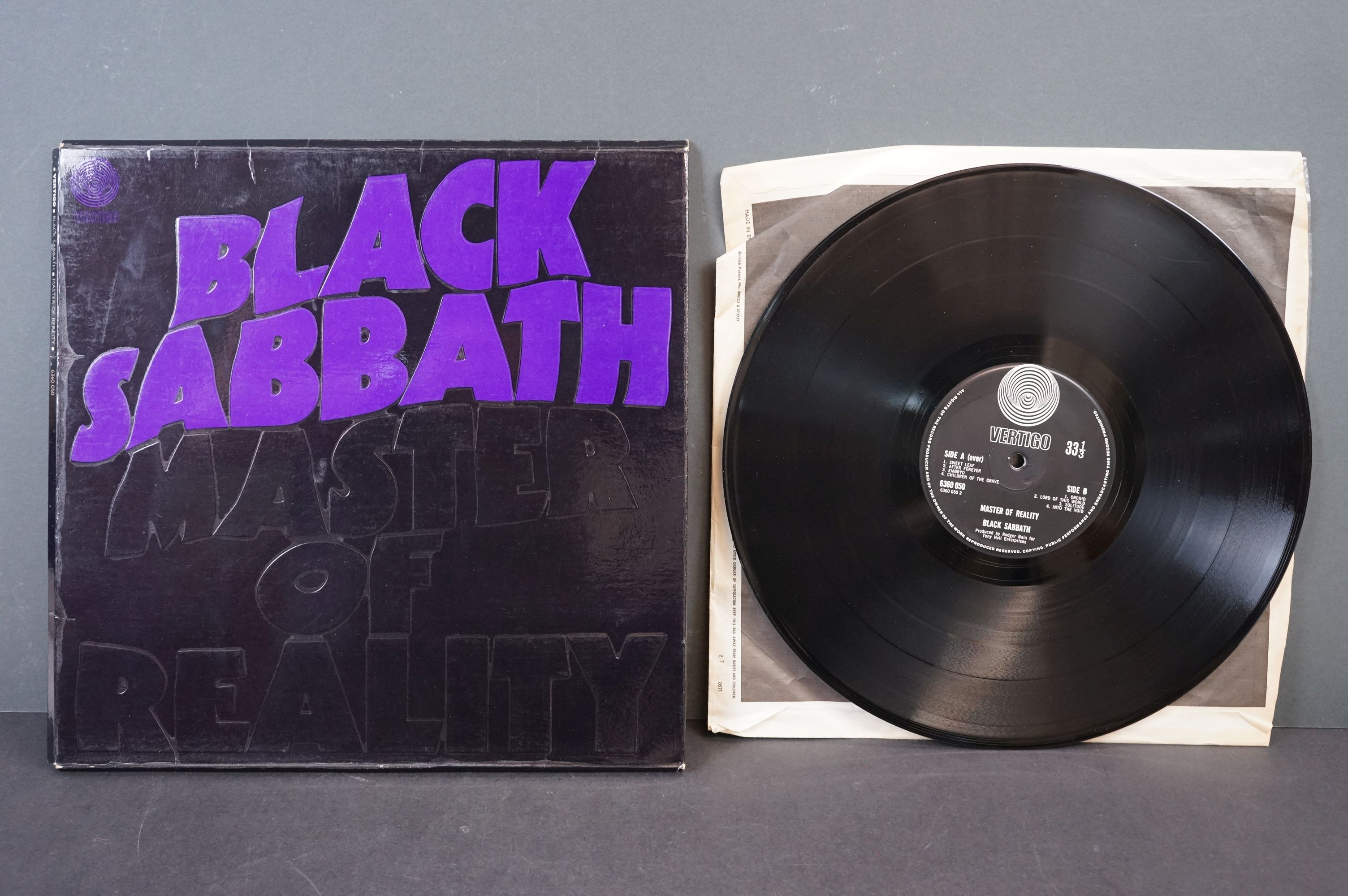 Vinyl - Black Sabbath - Master Of Reality. Original UK 1971 1st Black label, Swirl Vertigo label - Image 3 of 5
