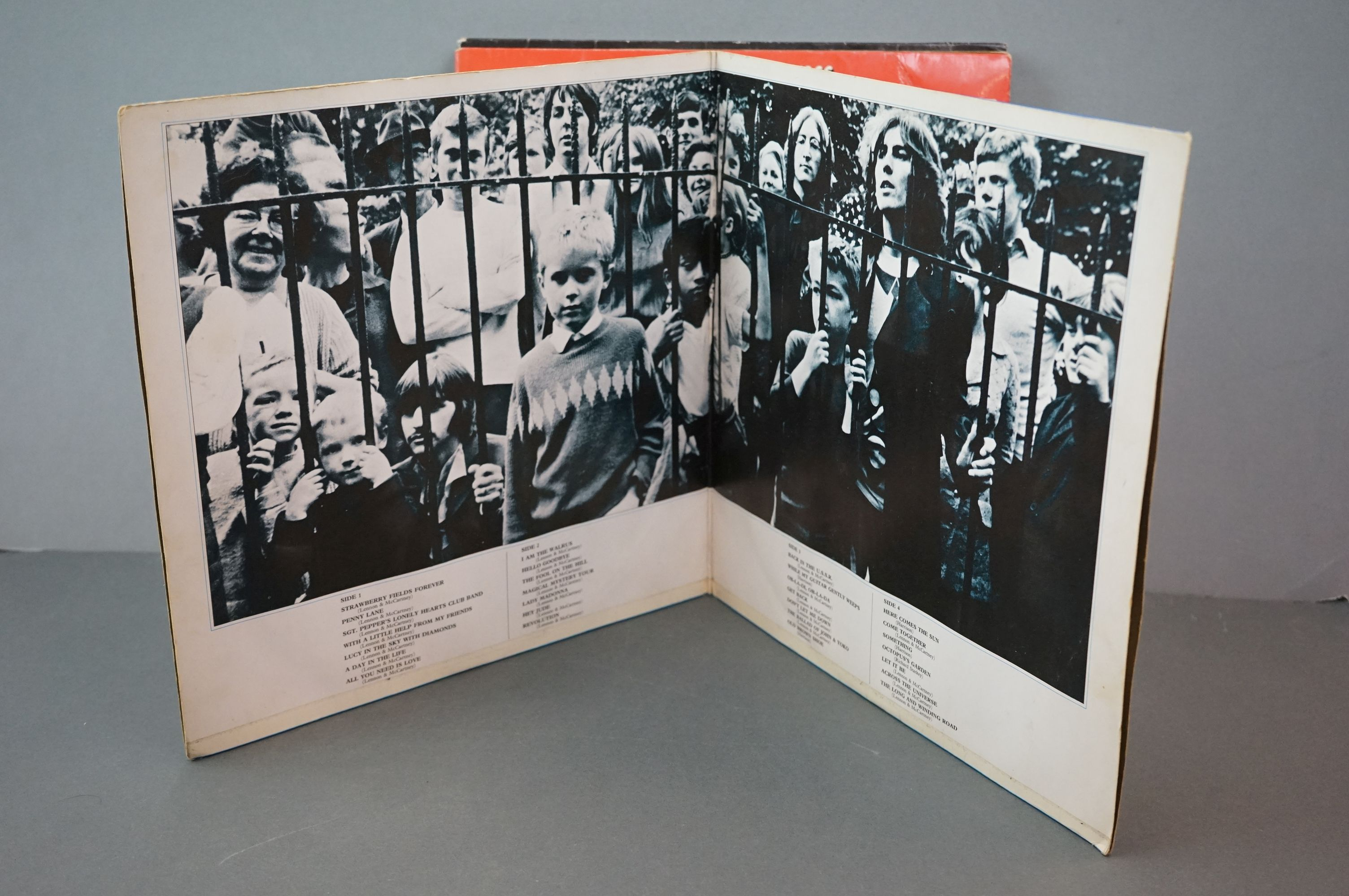Vinyl - The Beatles and band members LPs to include 1962-1966 and 1967-1970 (black vinyl), Wings - Image 5 of 11