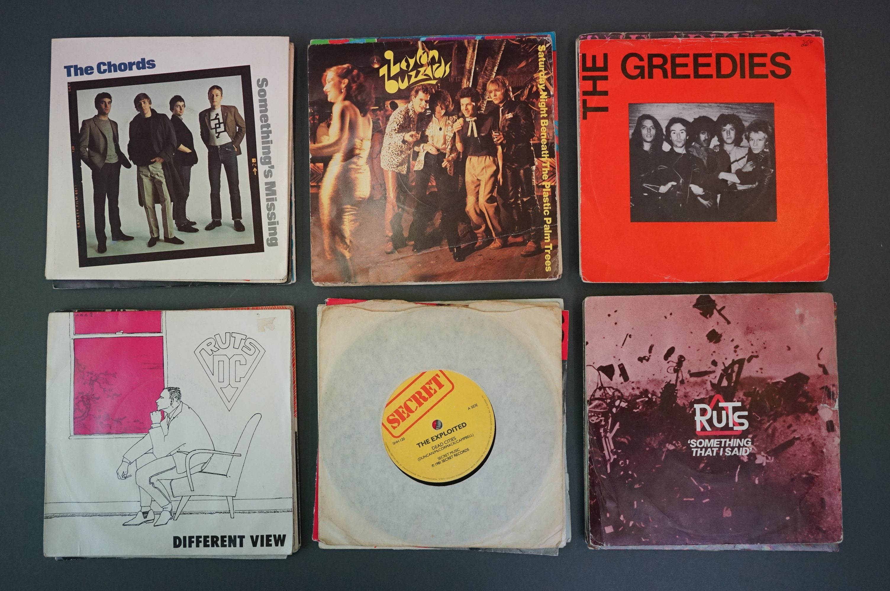 Vinyl - Approx 39 first generation punk singles including The Clash x 8, The Buzzcocks x 7, - Image 6 of 8