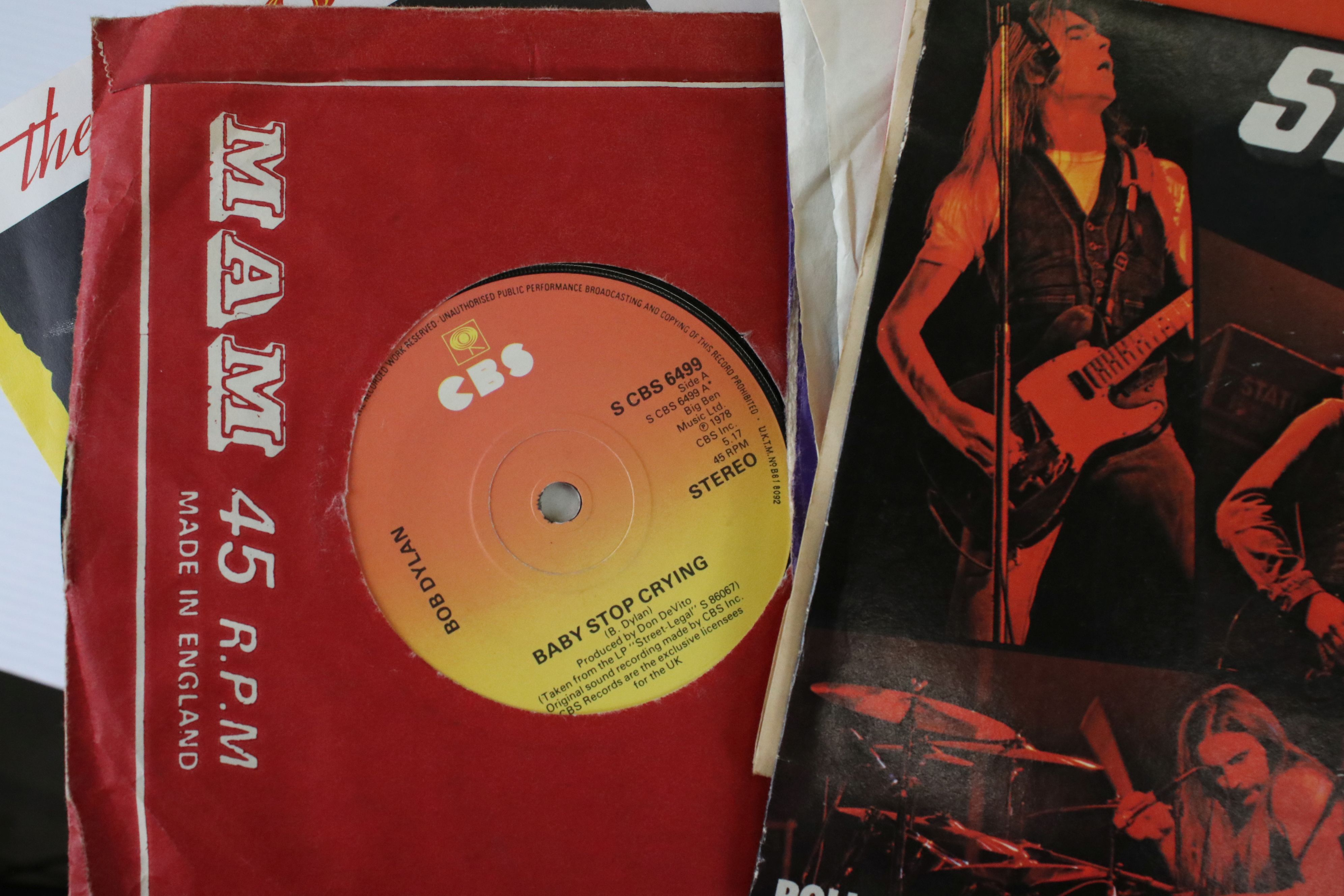 """Vinyl - Pop collection of approx 40 LP's and 100 7"""" singles to include Dire Straits, Paul Young, Cat - Image 6 of 6"""