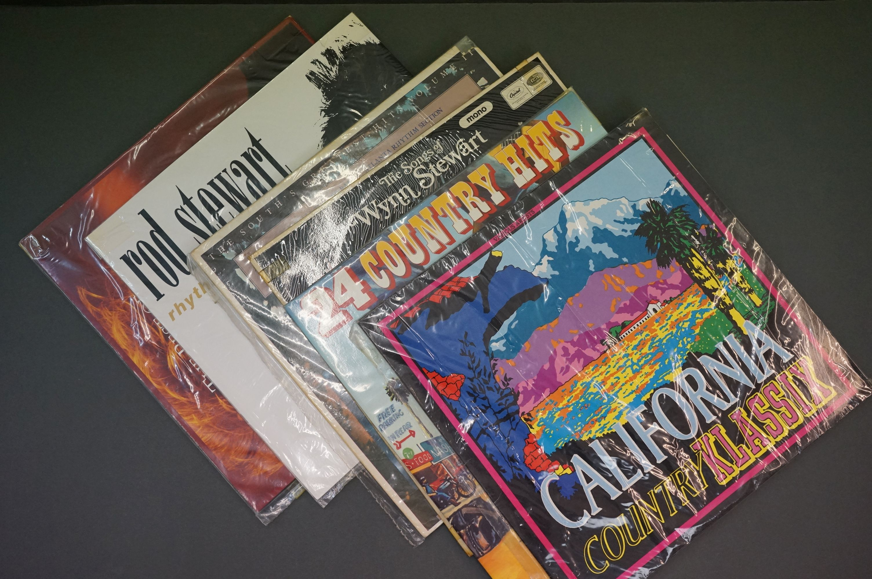 Vinyl - Over 200 LPs featuring Country and other genres, sleeves and vinyl vg+ (two boxes) - Image 2 of 2