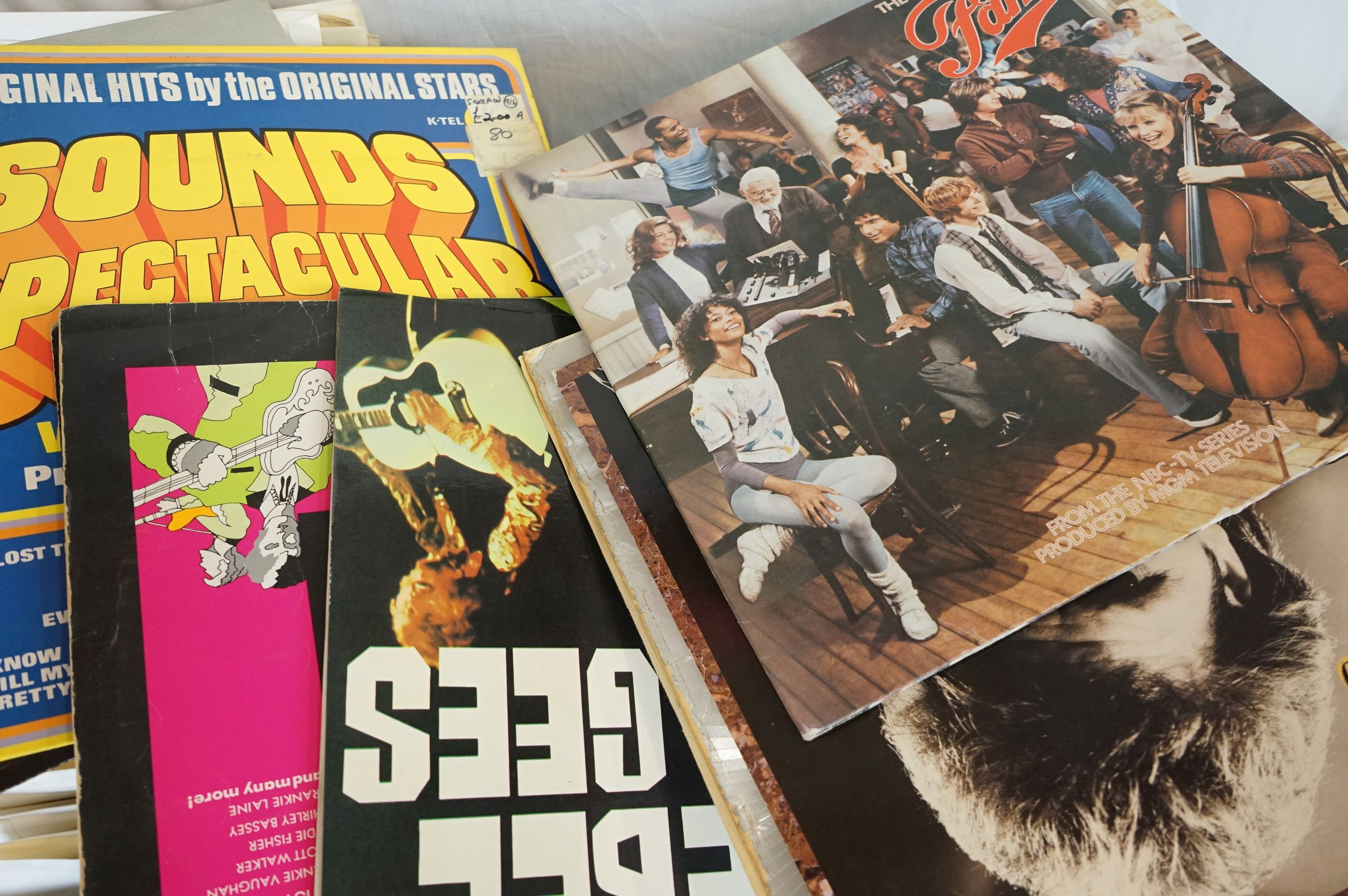 """Vinyl - Approx 300 vinyl 7"""" singles spanning the genres and the decades together with a small - Image 5 of 7"""