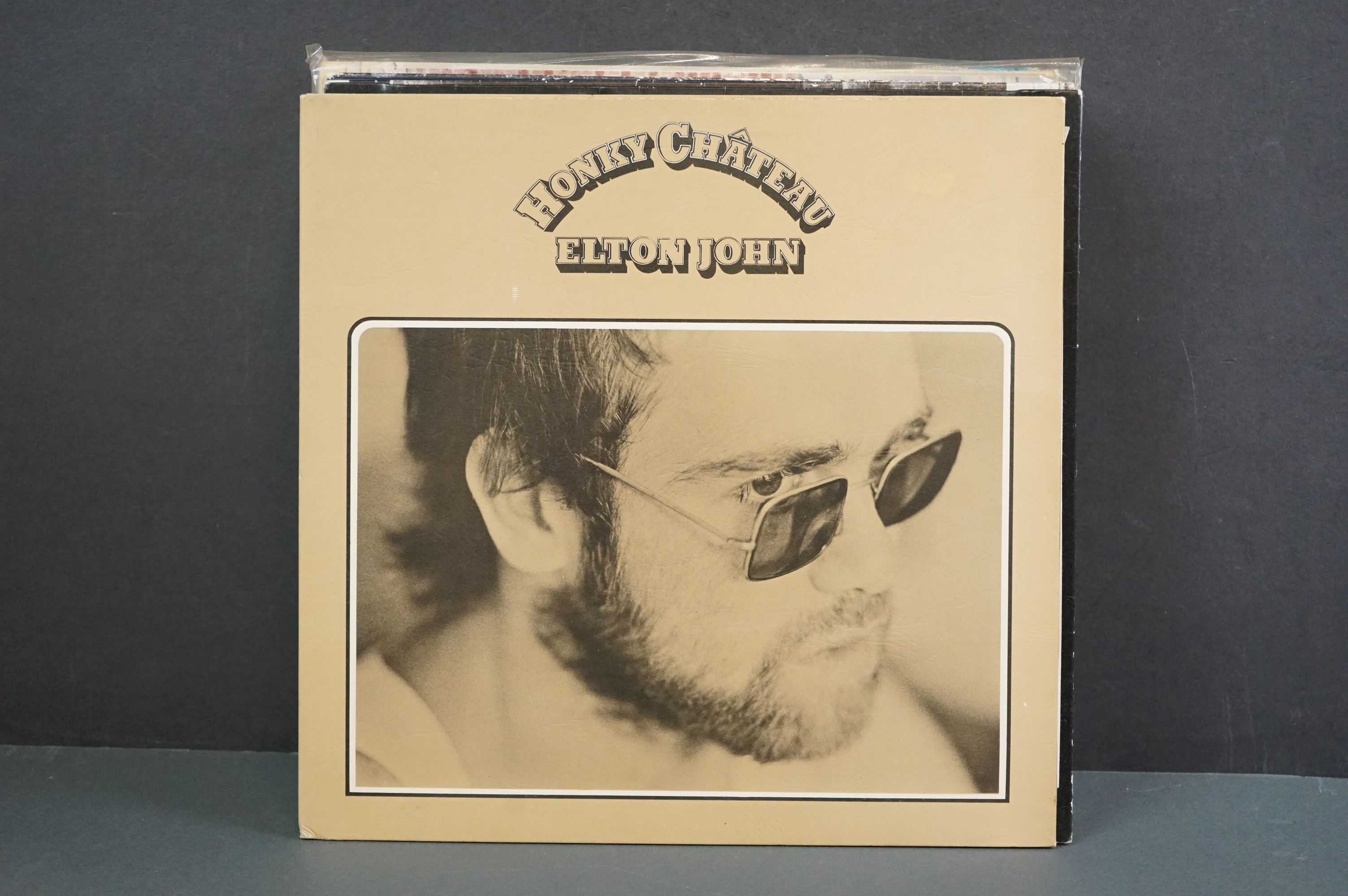Vinyl - 16 Elton John LPs to include A Single Man, Blue Moves, Greatest Hits, Goodbye Yellow Brick - Image 4 of 16