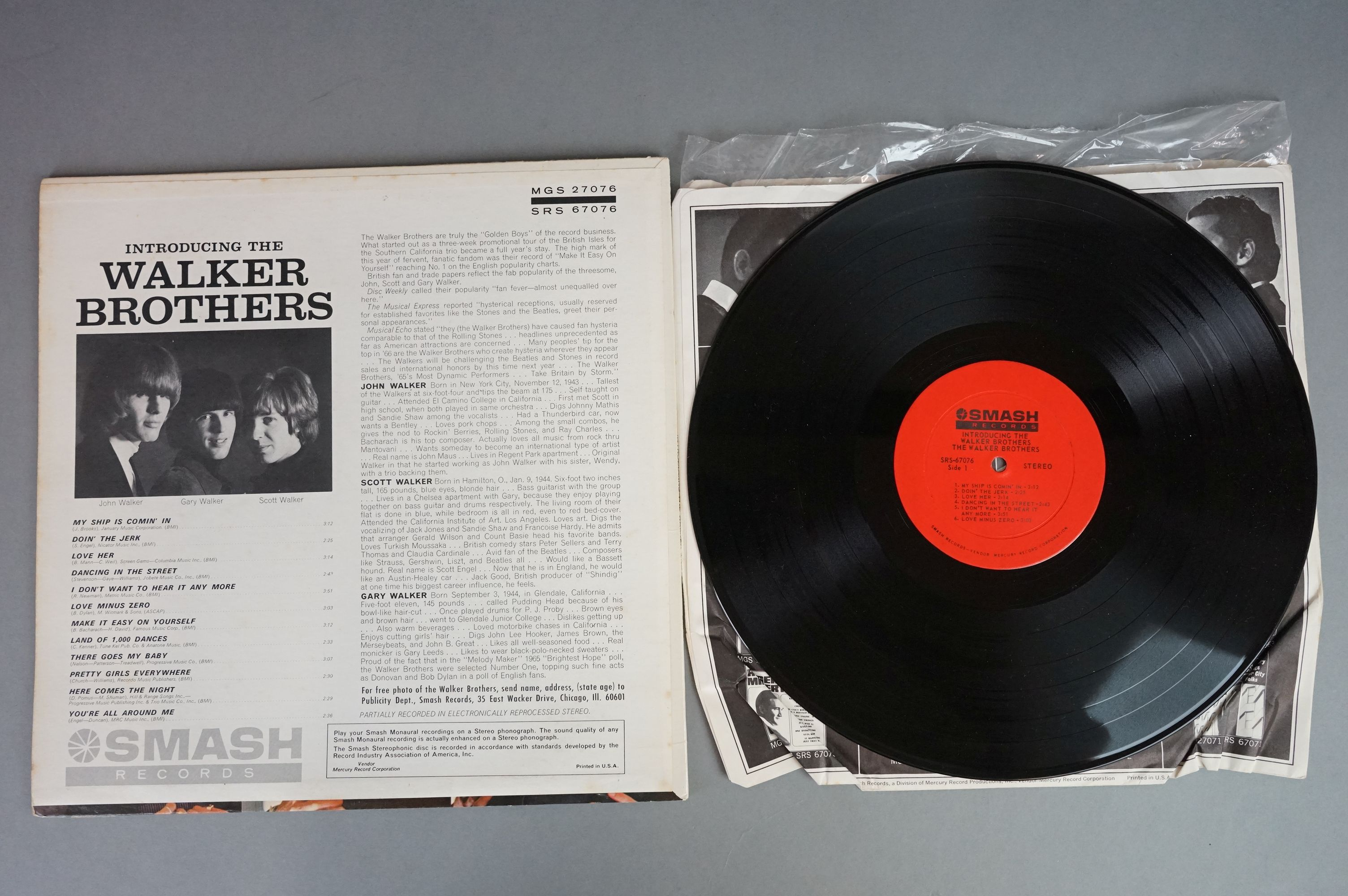 Vinyl - Five Walker Brothers vinyl LP's to include Scott (Phillips Records BL 7816), The Fabulous - Image 8 of 10