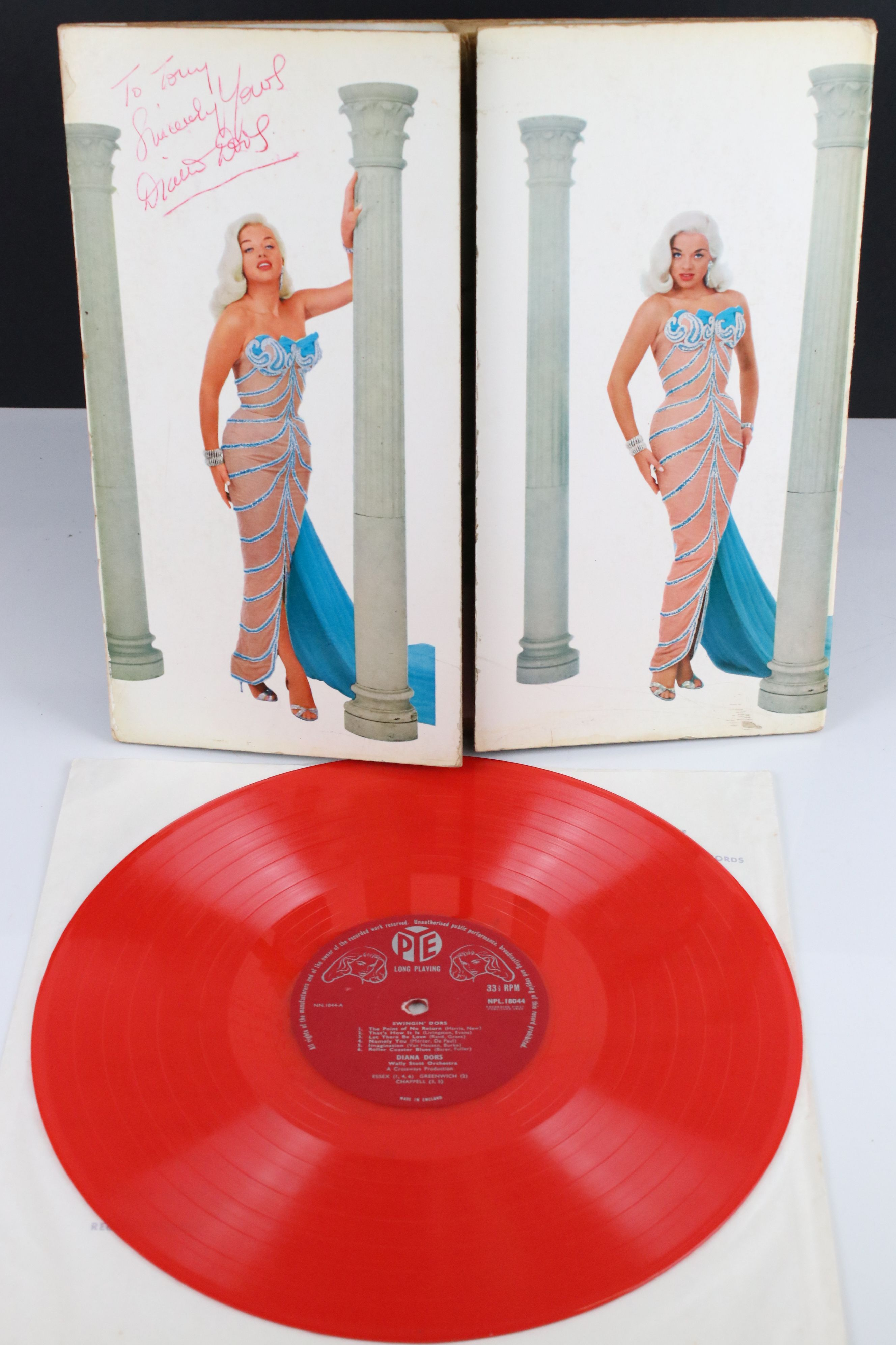 Signed Vinyl - Diana Dors Swingin Dors LPs on Pye red vinyl, vg, autographed 'To Tony Sincerely - Image 3 of 6