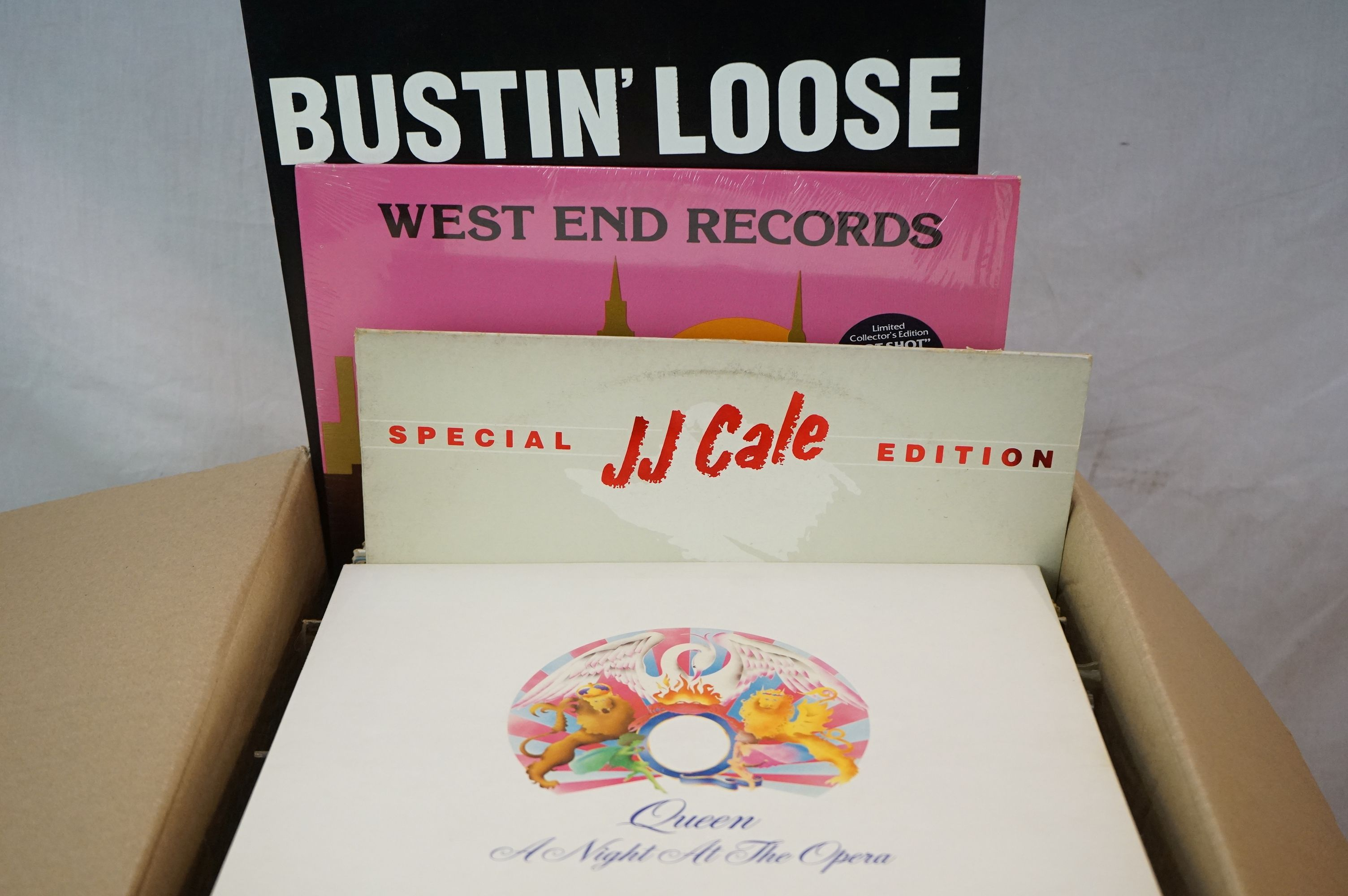 """Vinyl - Rock & Pop collection of over 60 LP's plus some 12"""" singles including Elvis Costello, Rickie - Image 4 of 4"""