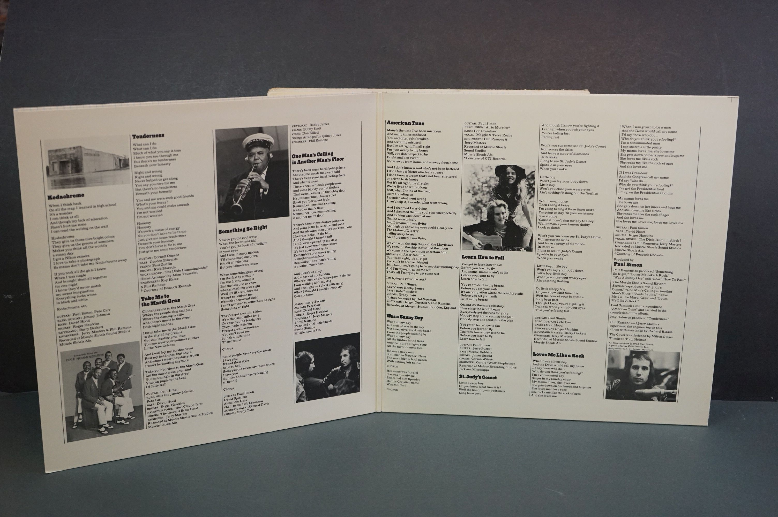Vinyl - Around 15 Simon & Garfunkel and solo LPs to include Still Crazy After All These Years, - Image 12 of 17