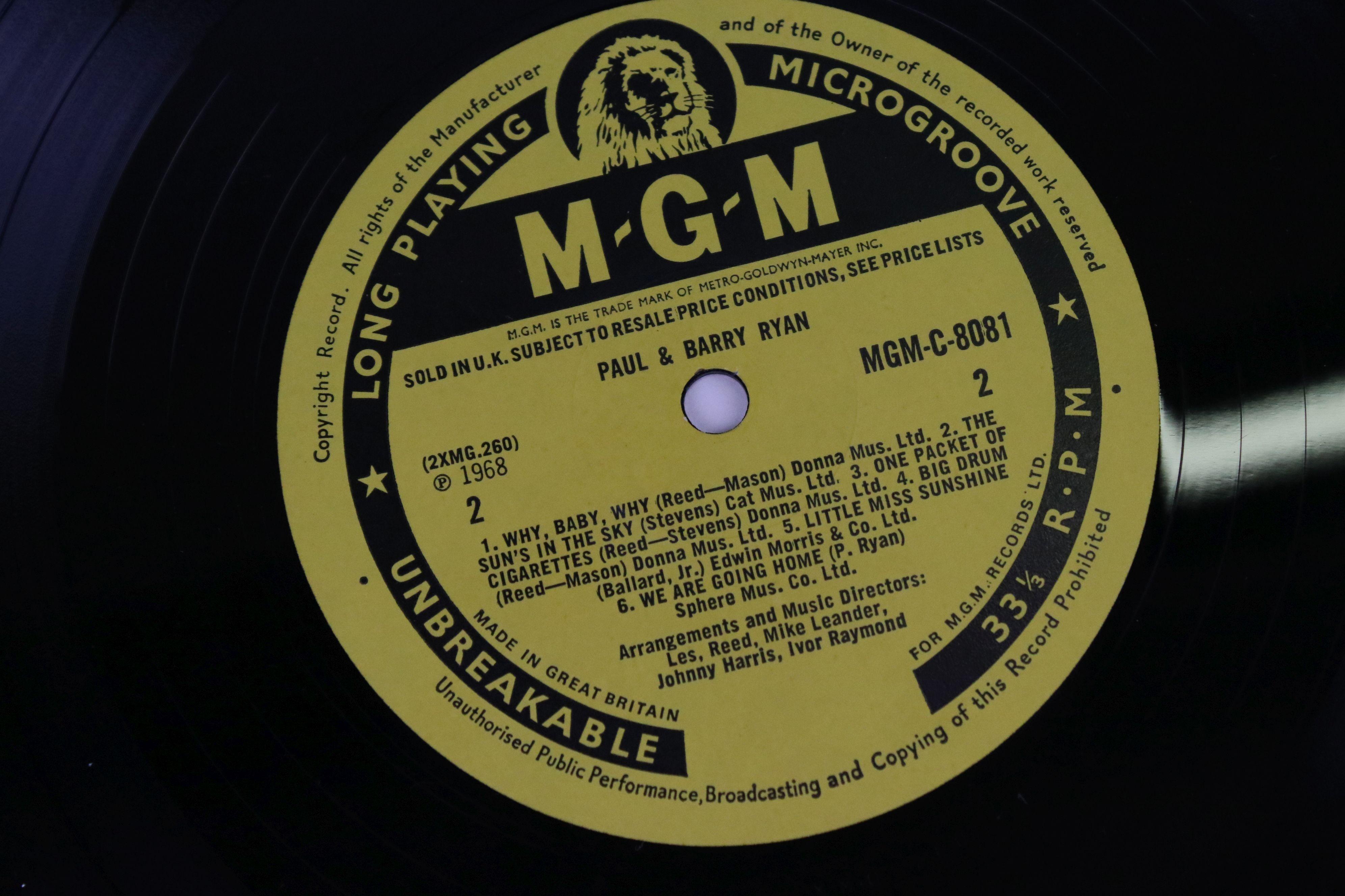 Vinyl - MOD/BEAT Paul & Barry Ryan self titled LP on MGM C 8081, mono non laminated, flip back - Image 4 of 5