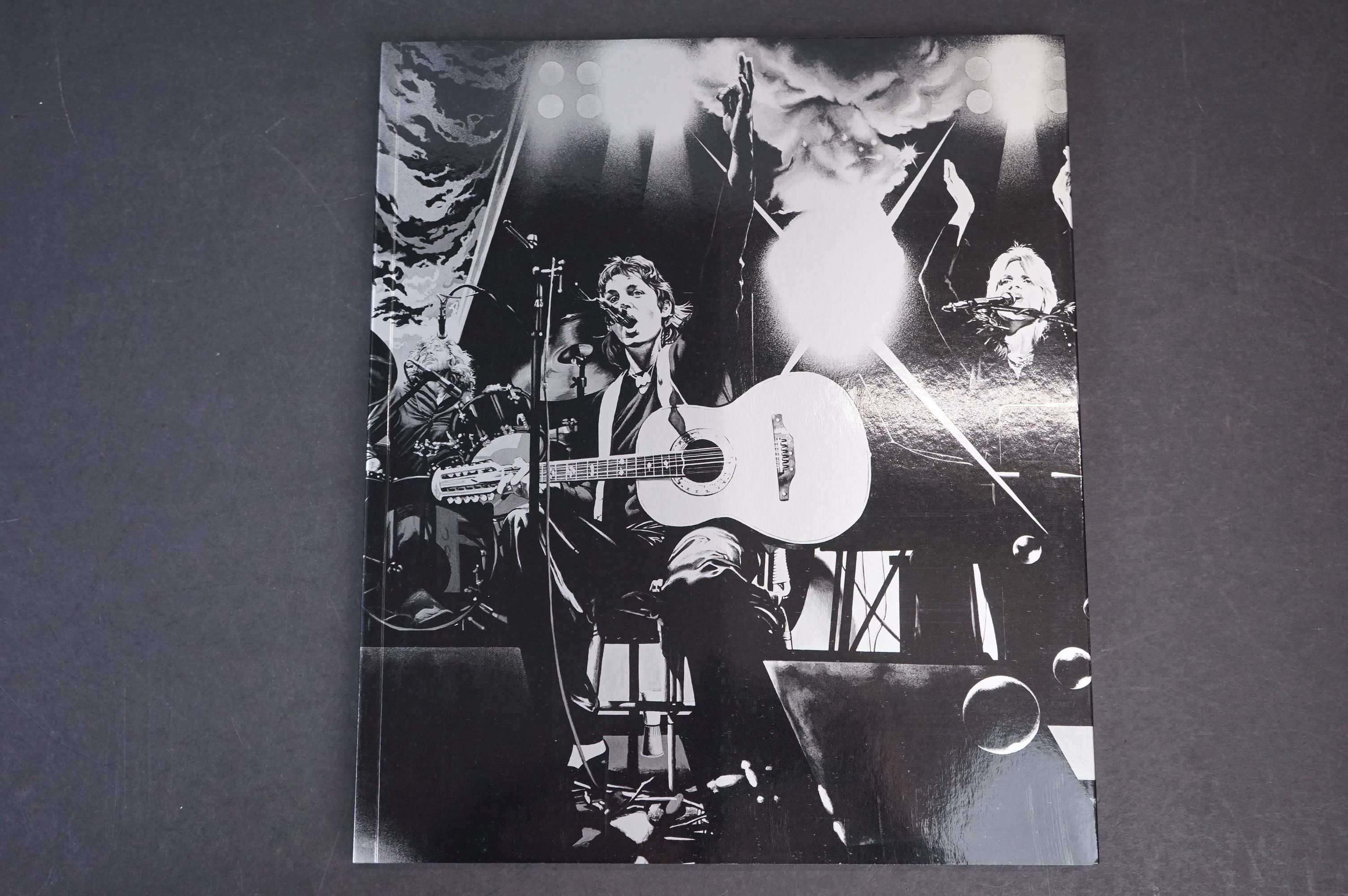 Box Set - Paul McCartney & Wings - Wings Over America numbered box set (03555) deluxe box set, ex - Image 6 of 18
