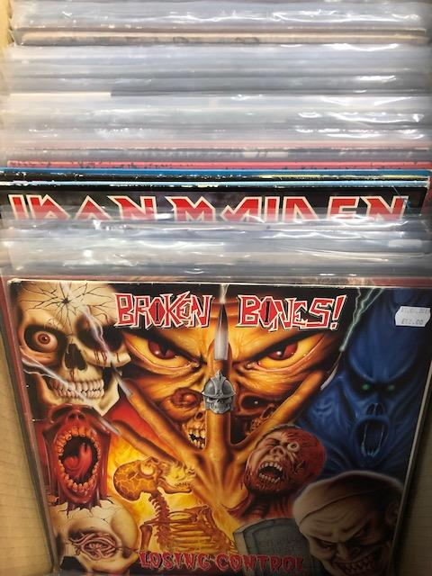 Vinyl - Approx 65 Rock & Metal LP's featuring KISS, Queen, Black Widow, Iron Maiden, AC/DC and more - Image 13 of 27
